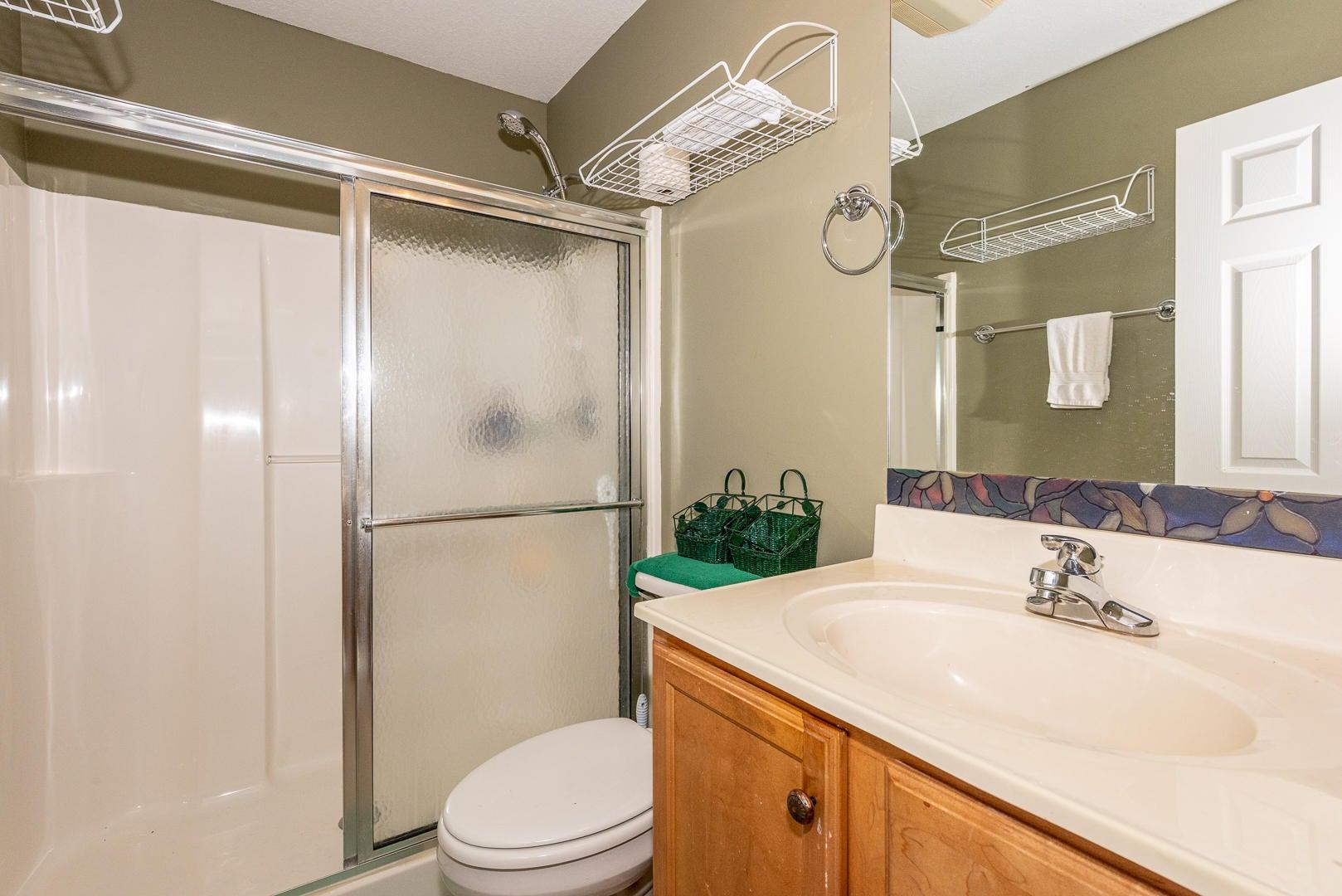 18 - bathroom