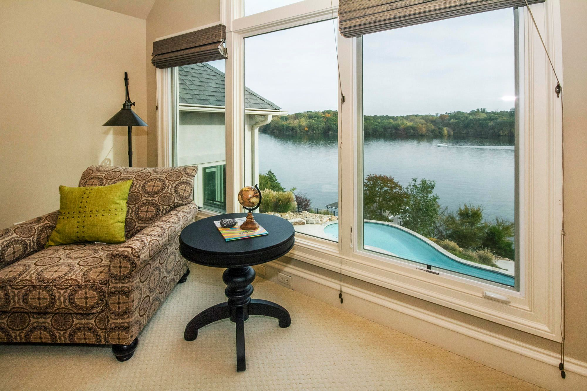 Lake & Pool Views for your Guests!