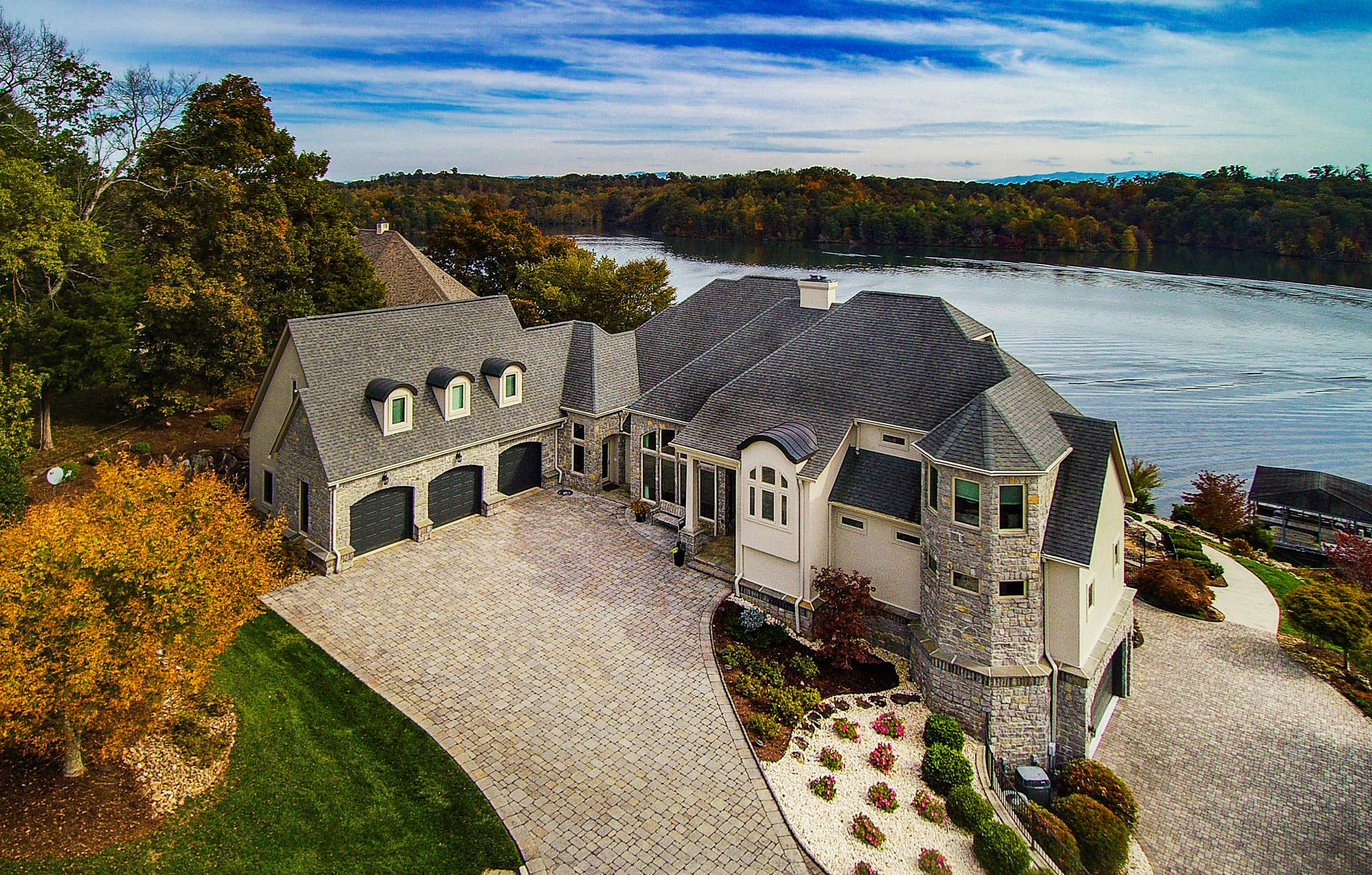 Welcome Home to 190 Cormorant Drive!