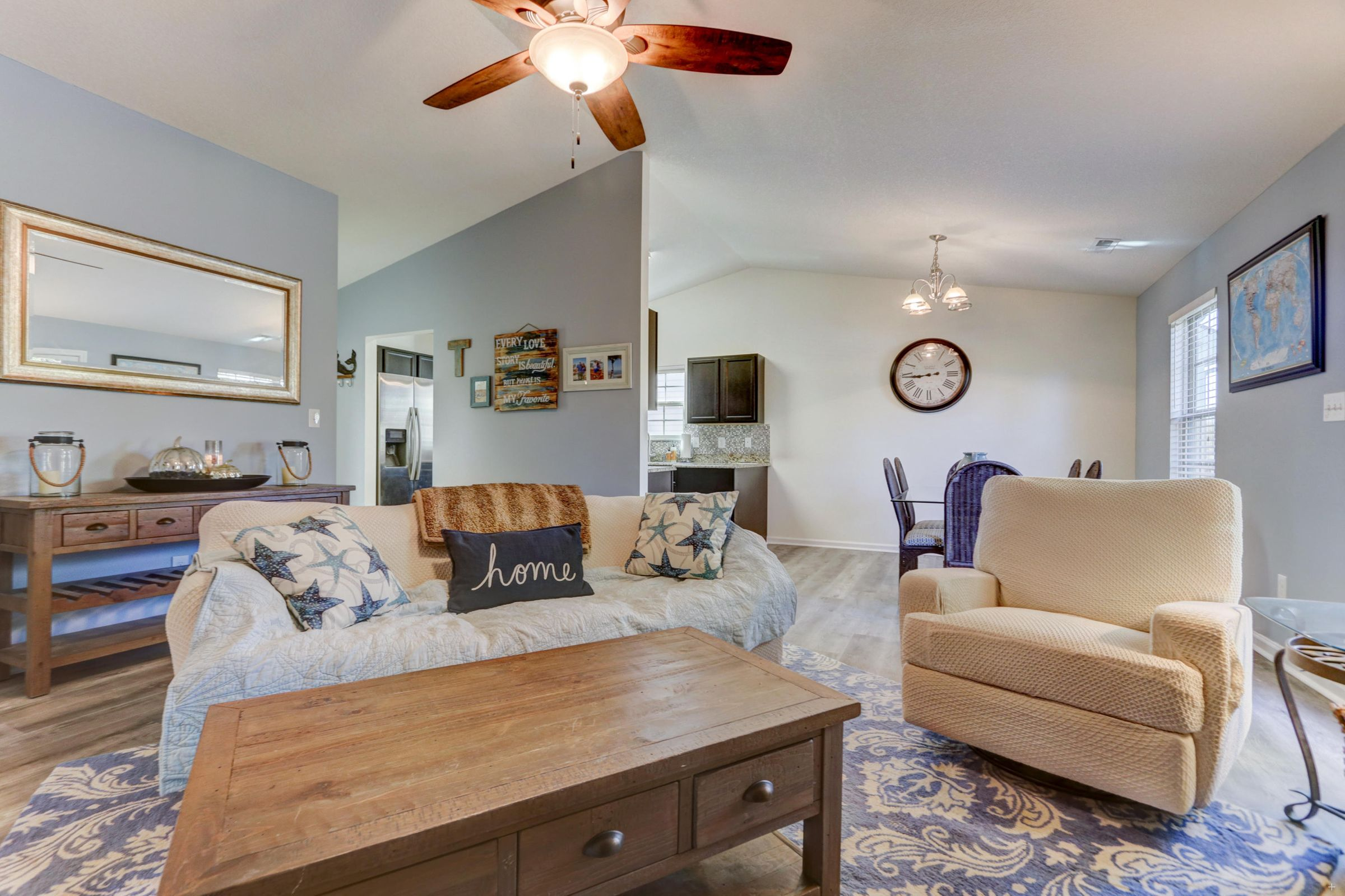 Open Floor Plan w/Cathedral Ceiling