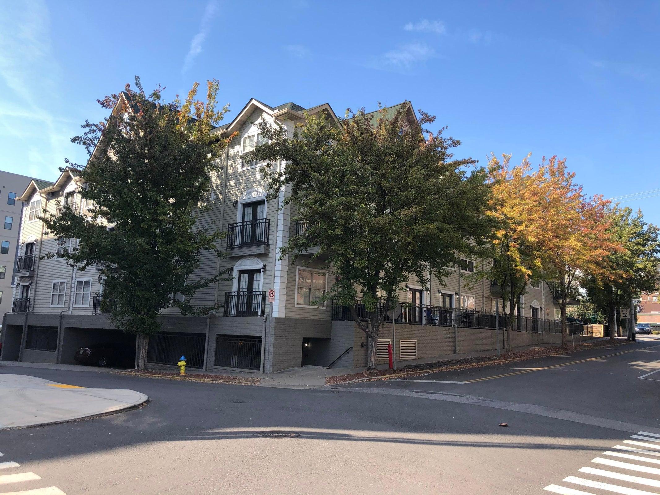 Renaissance III Condominiums