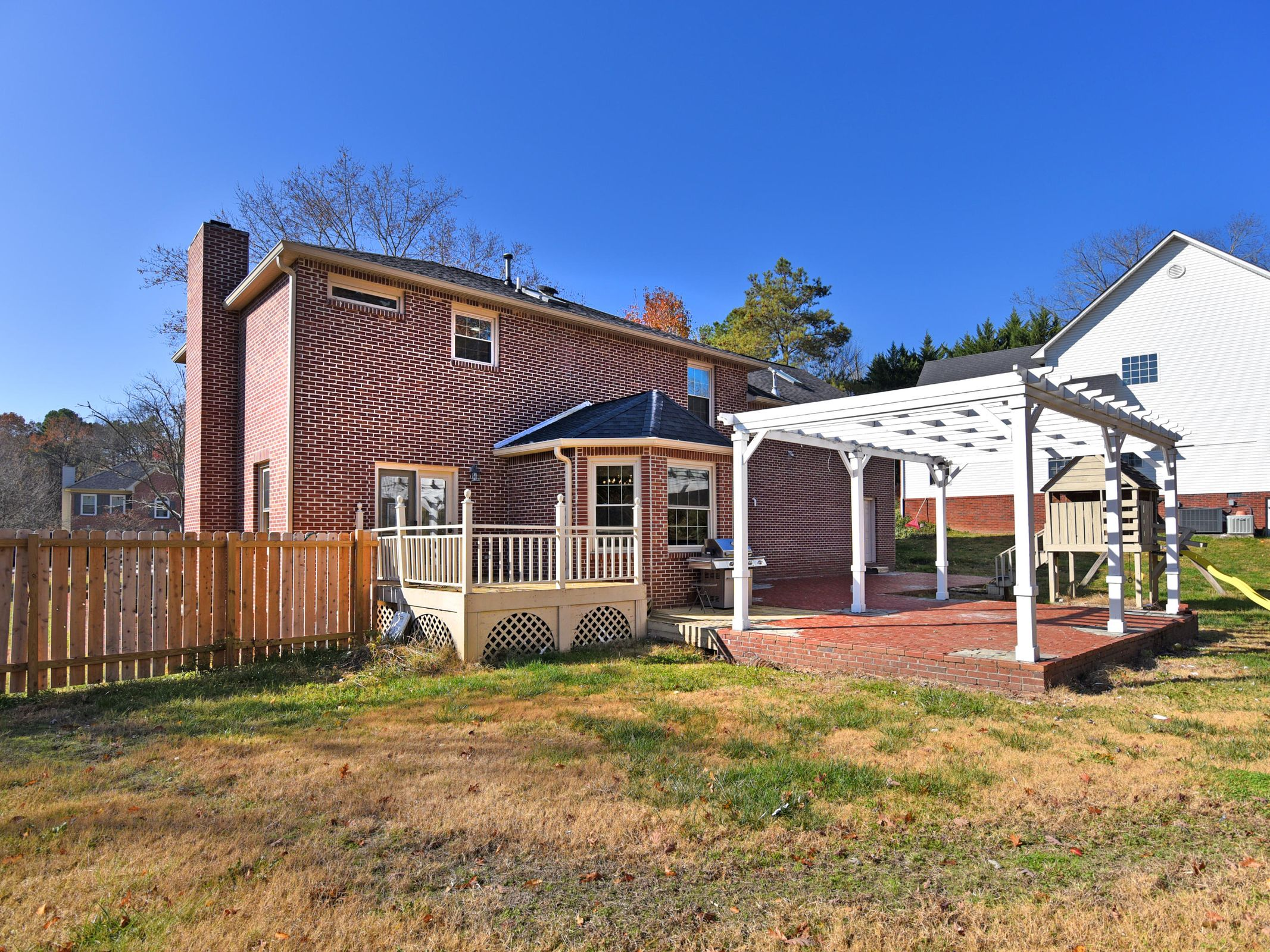 648 Hickory Woods