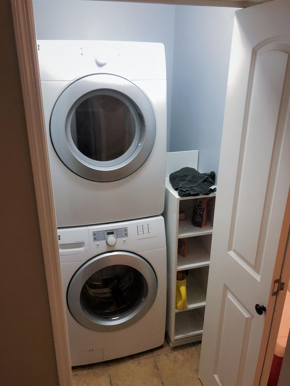 Front Loading Washer/Dryer Included