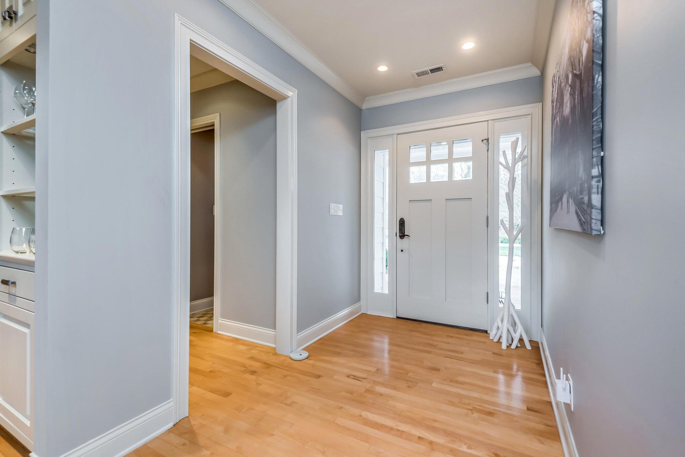 6612StoneMill-Interior entrance