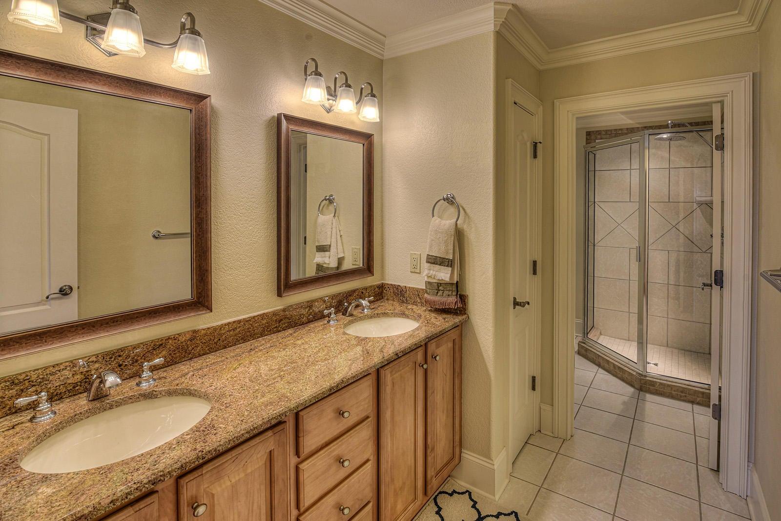 Up Bathroom Hallway-1