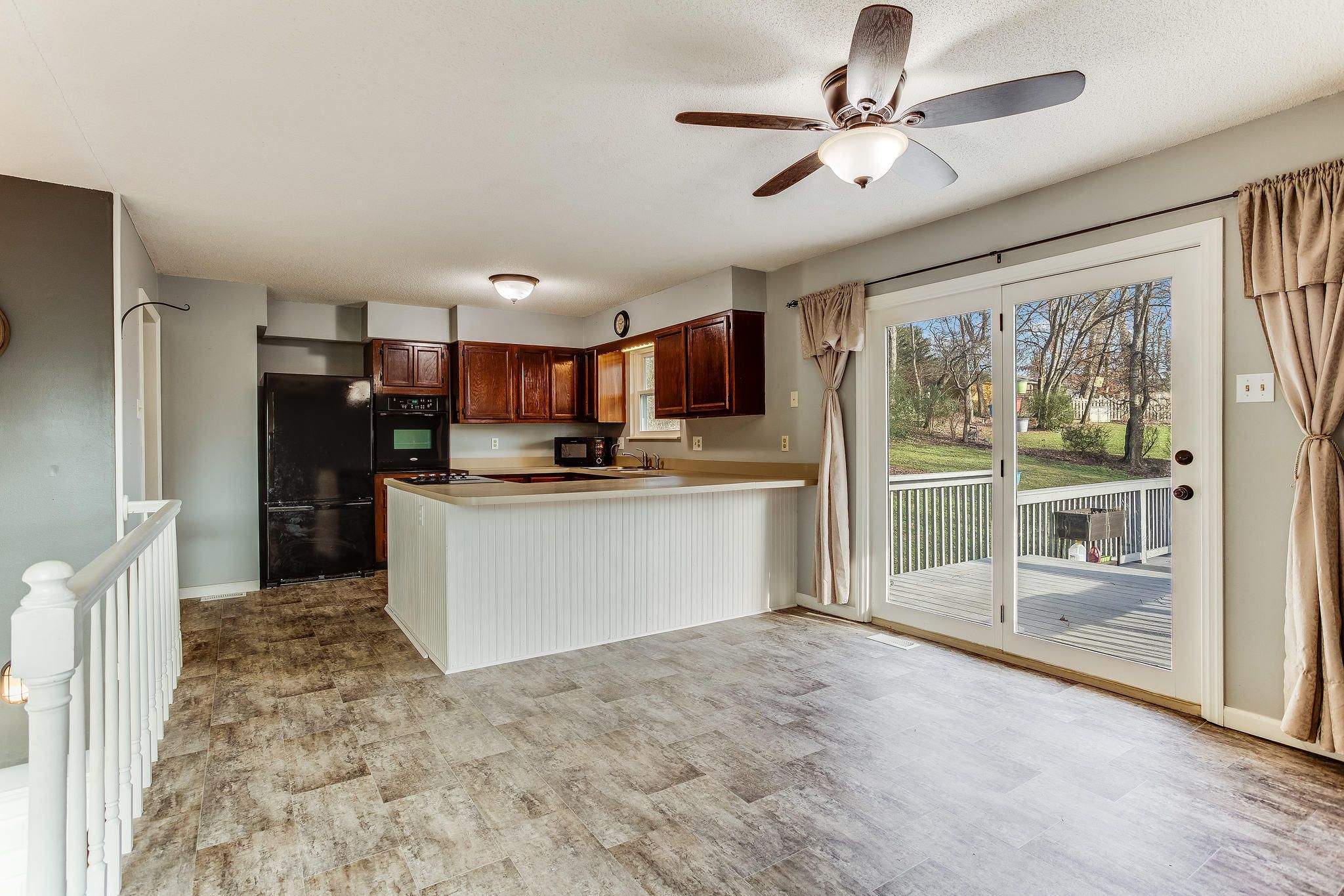 504 Bobolink Rd living and dining (1)