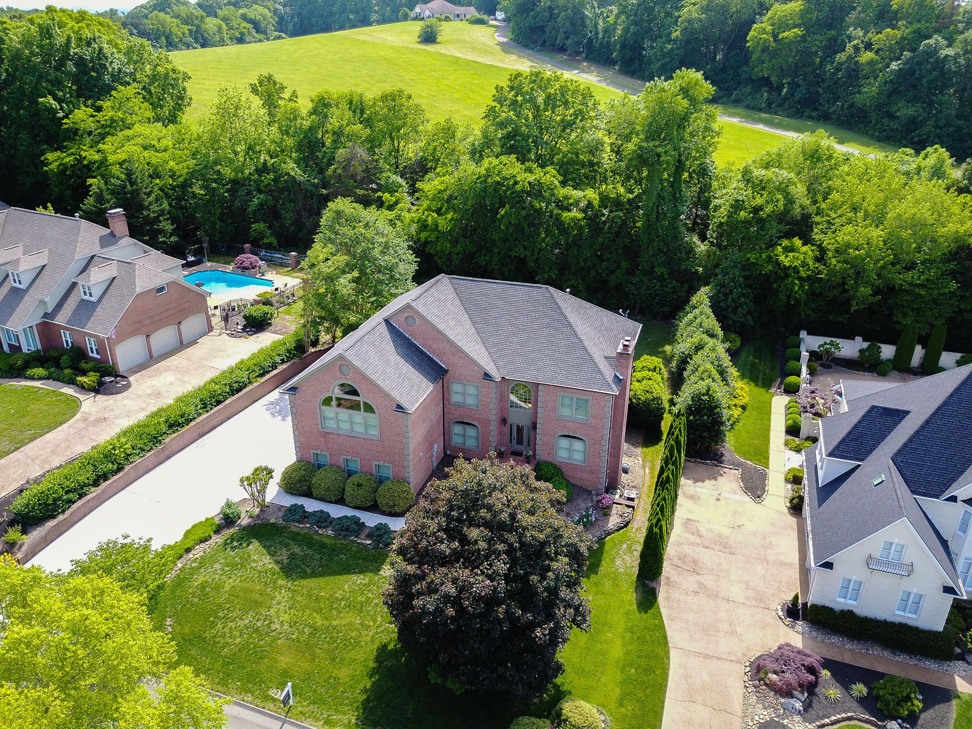 2104 River Sound Drive, Knoxville, TN 37
