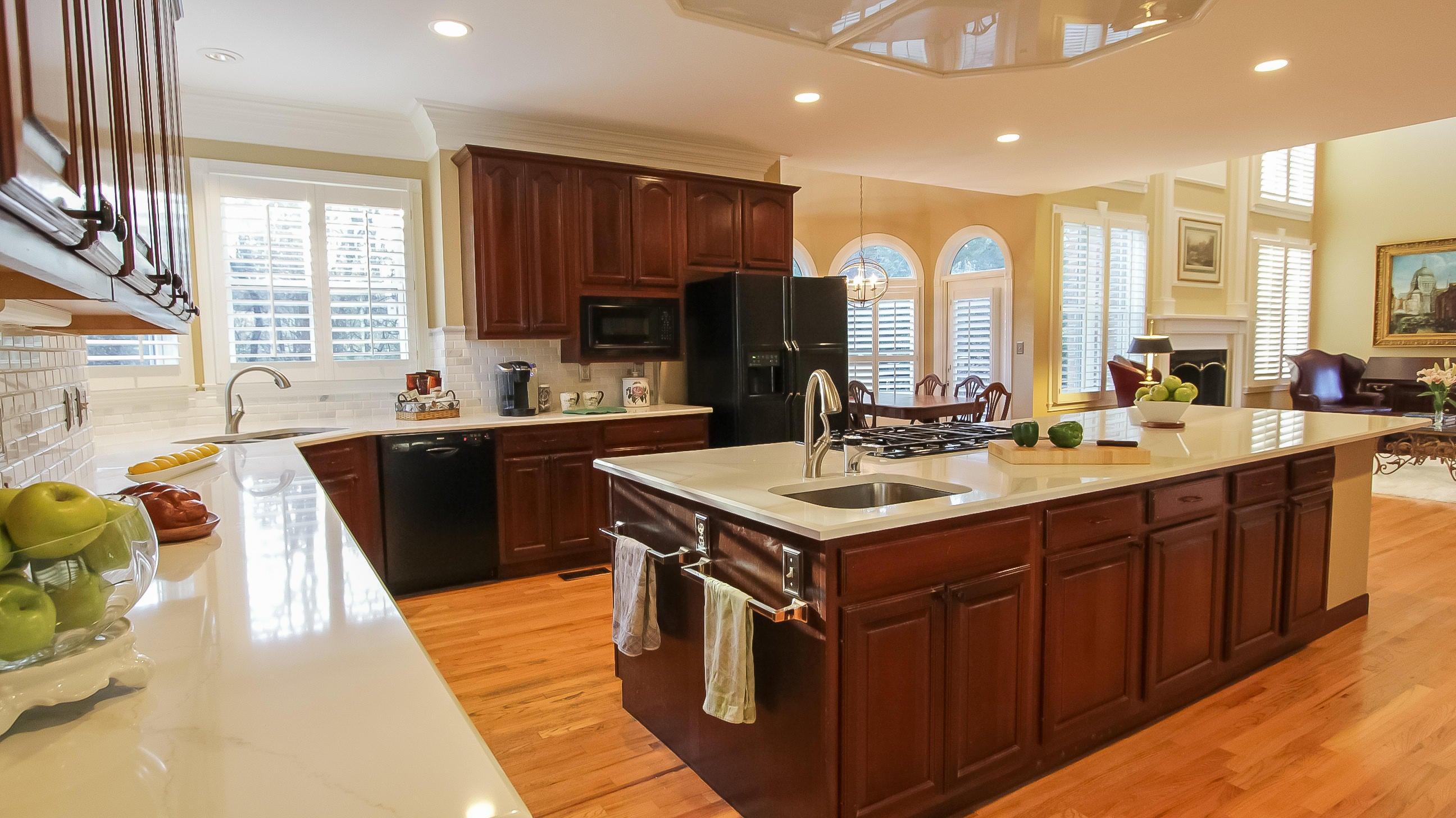 Huge Cook's kitchen