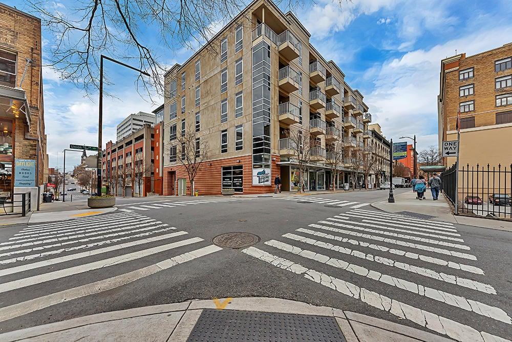440 Walnut Street Unit 306 -28