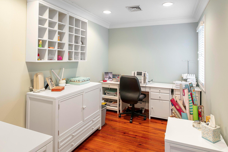 upper level hobby room