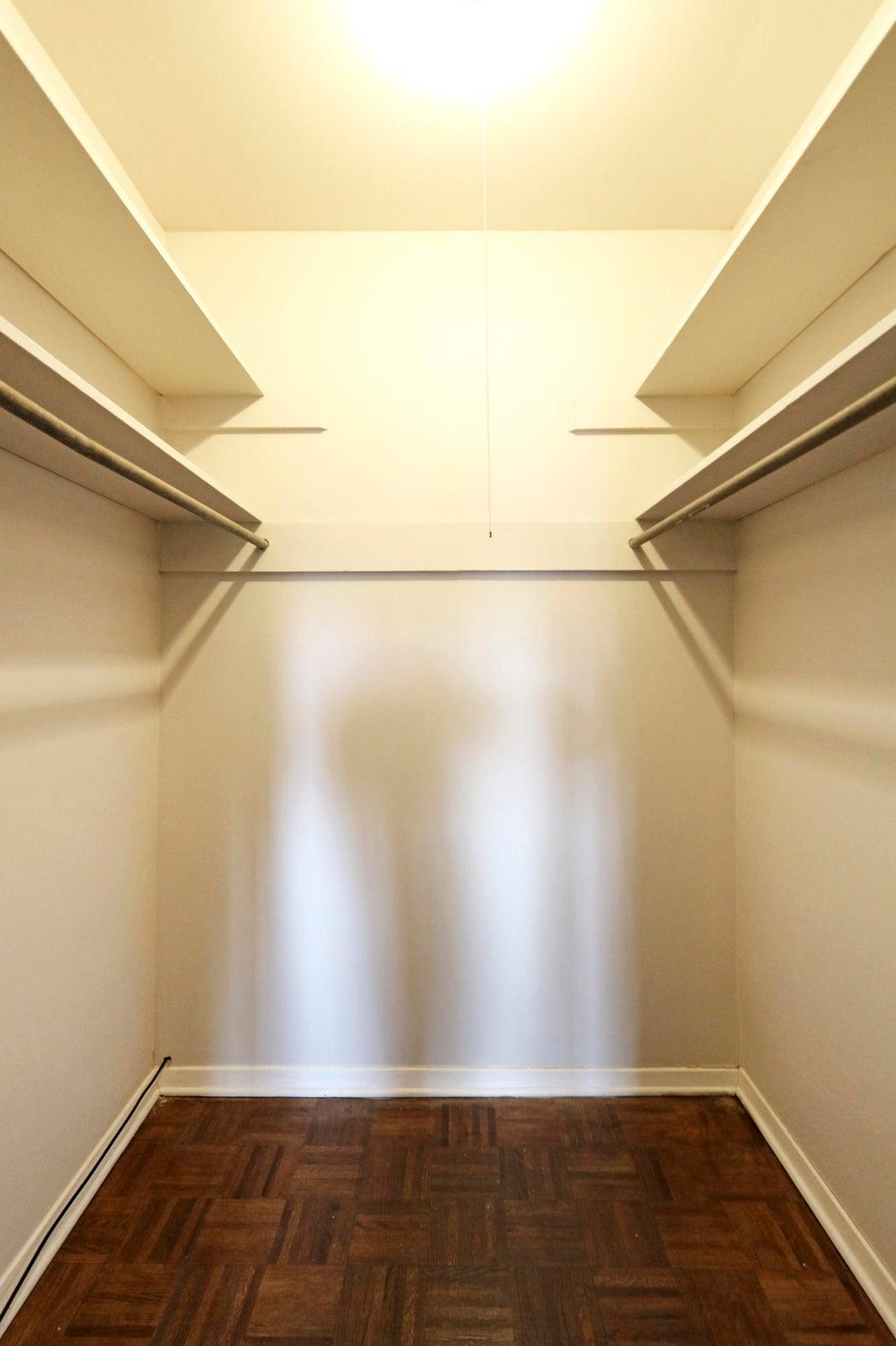 21_Master Walk-In Closet