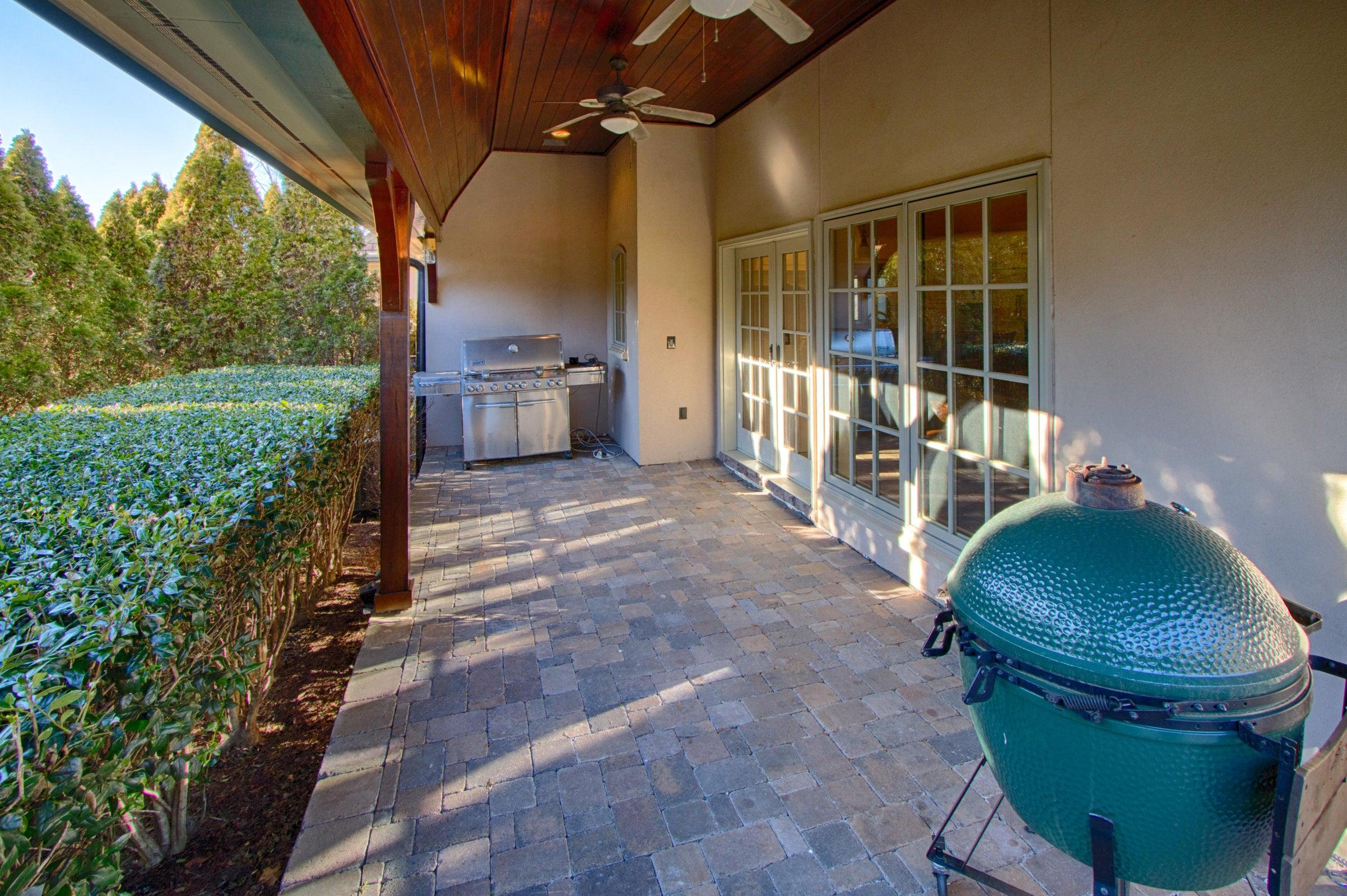 grill porch