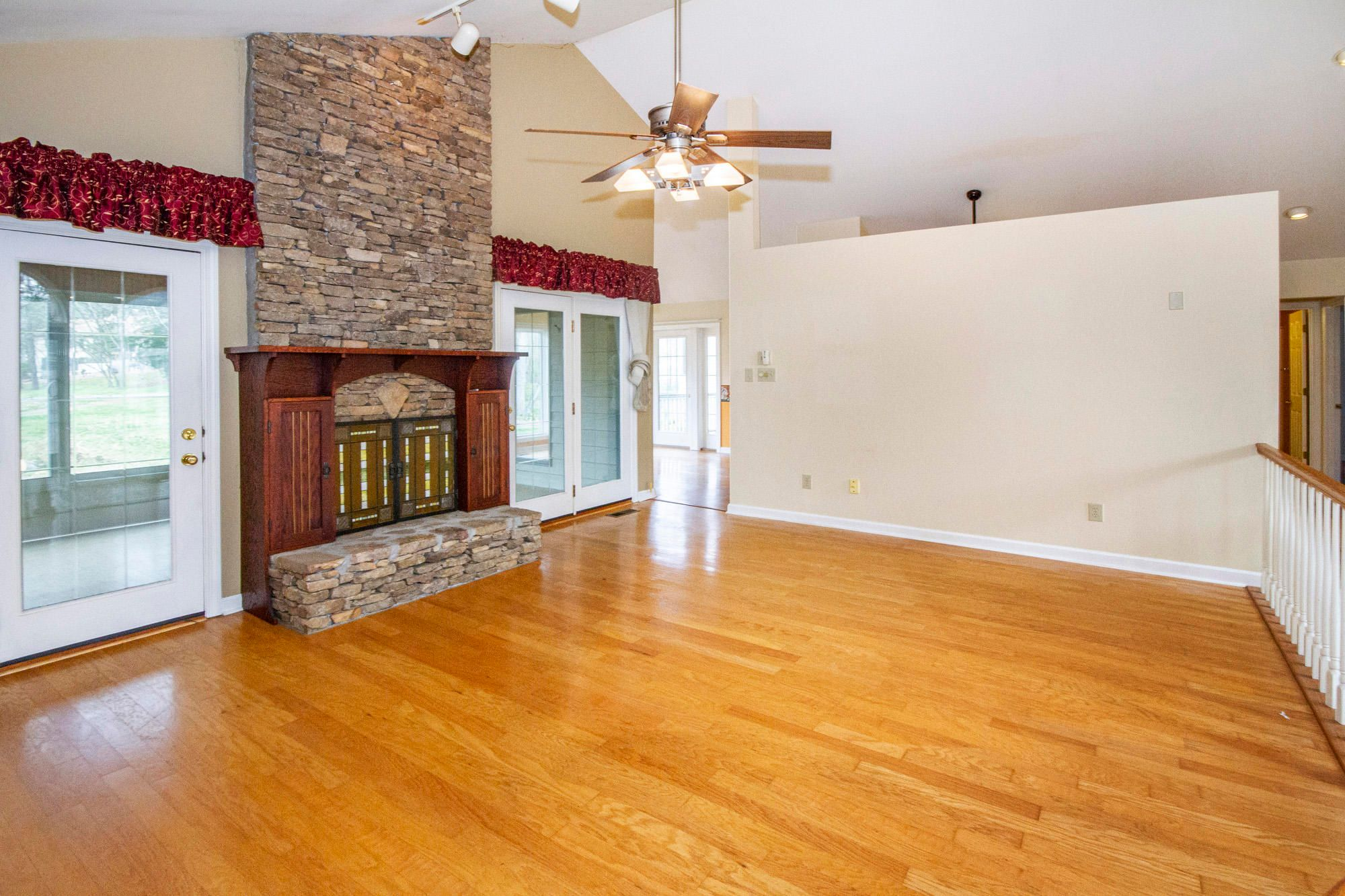 Cathedral Ceiling & Gas Fireplace
