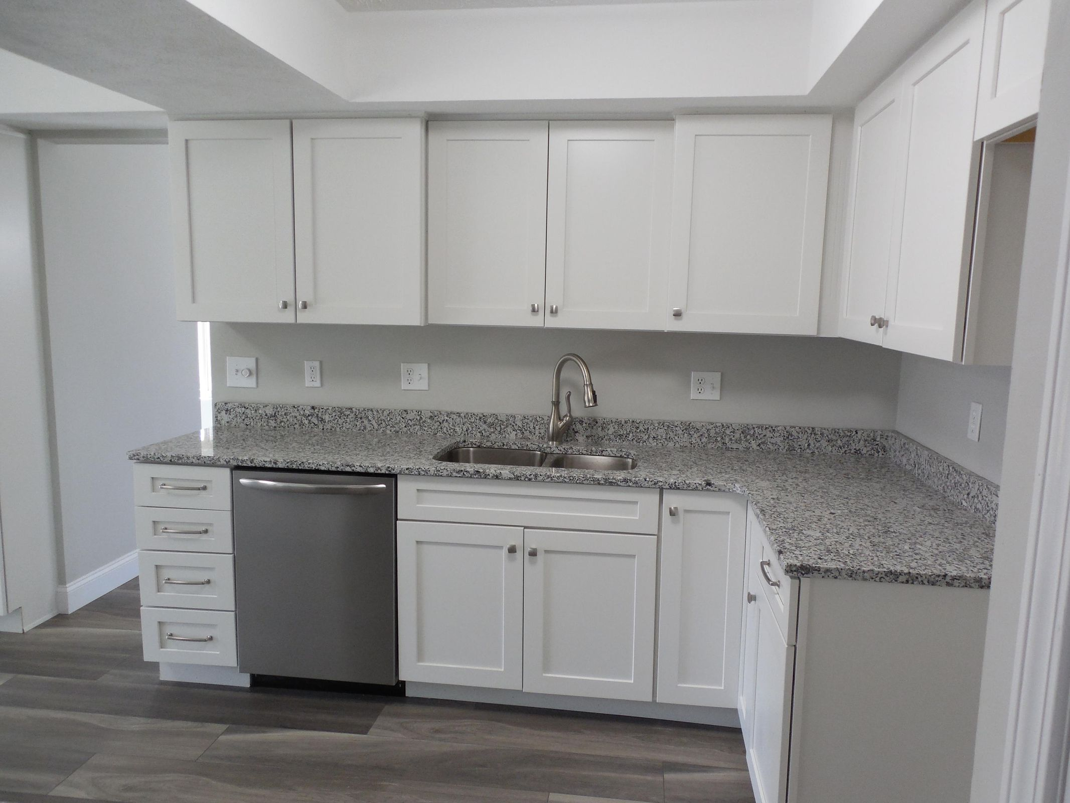 New kitchen with granite counters