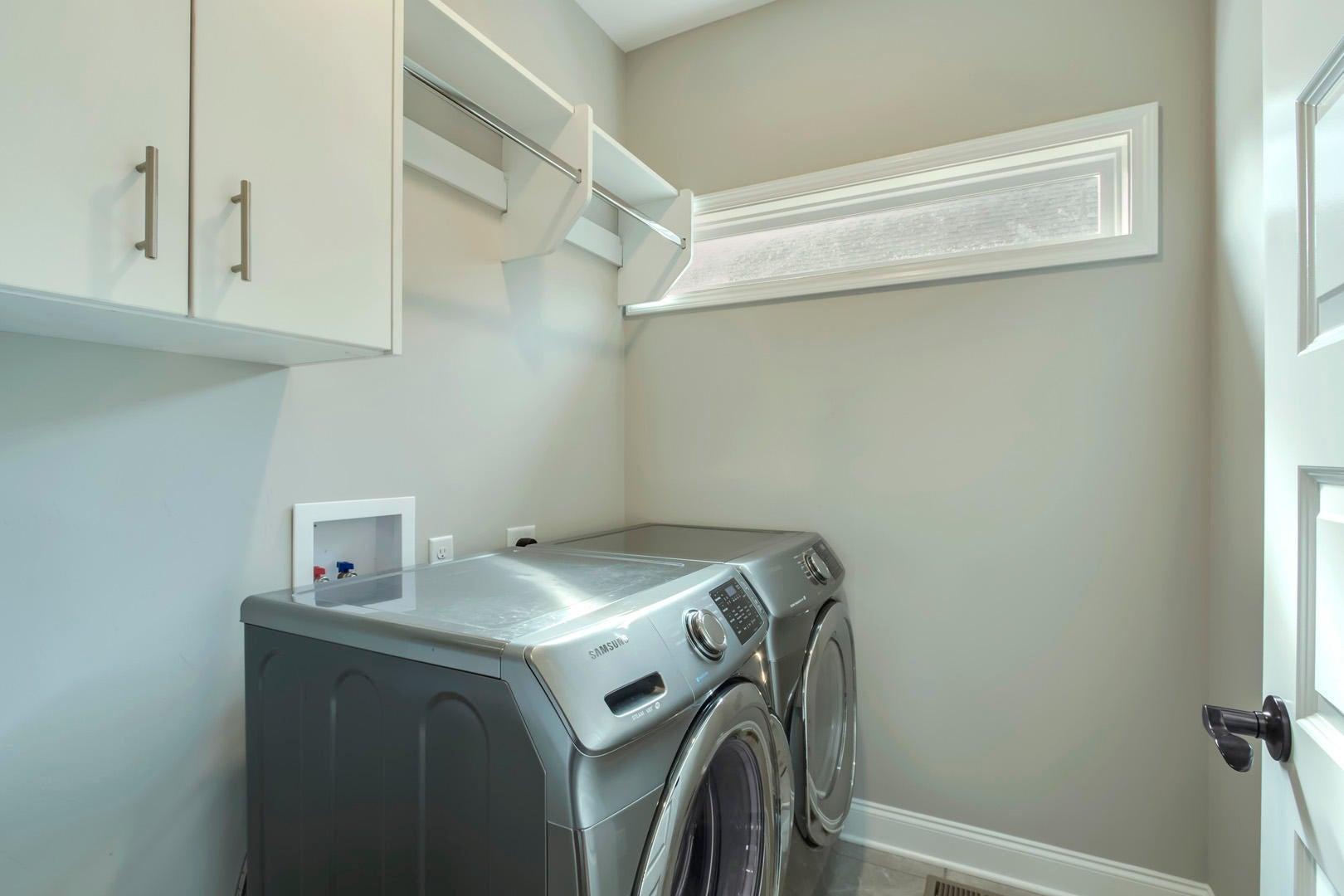 17_WolfCrossingLane_2327_Laundry