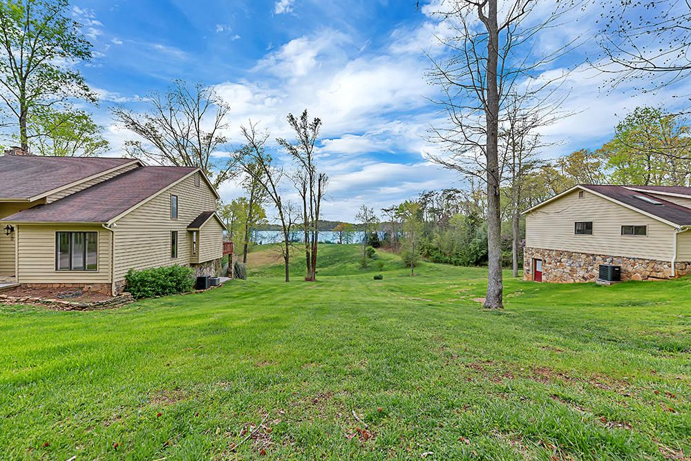 2 Homes on 3.41 Acres