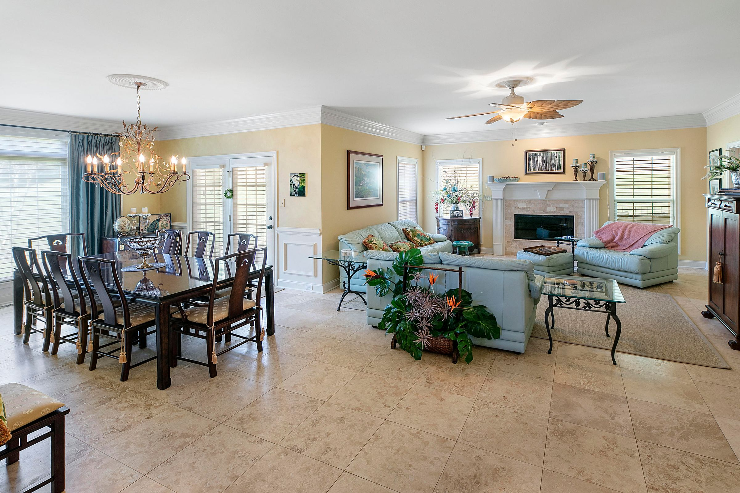 living rm dining rm combo