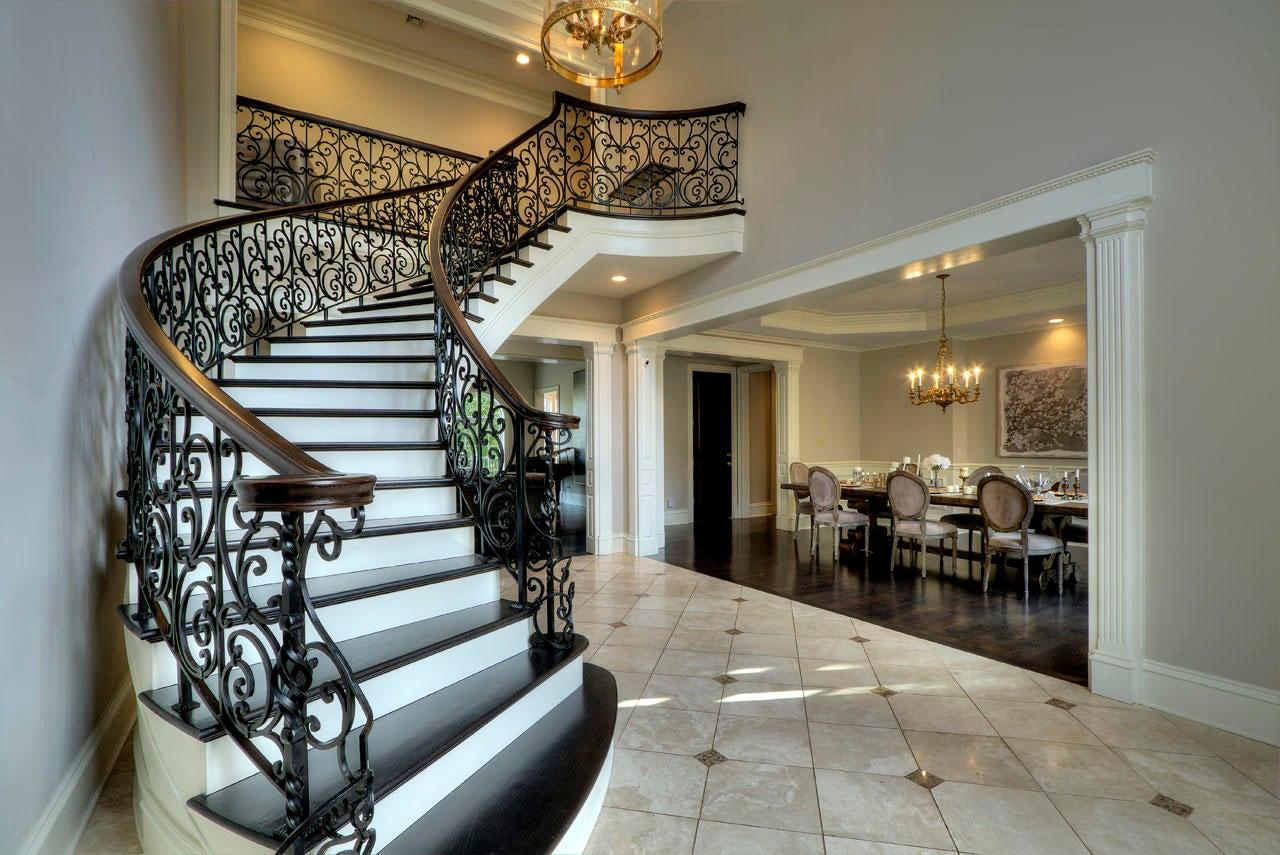 Fairoaks staircase