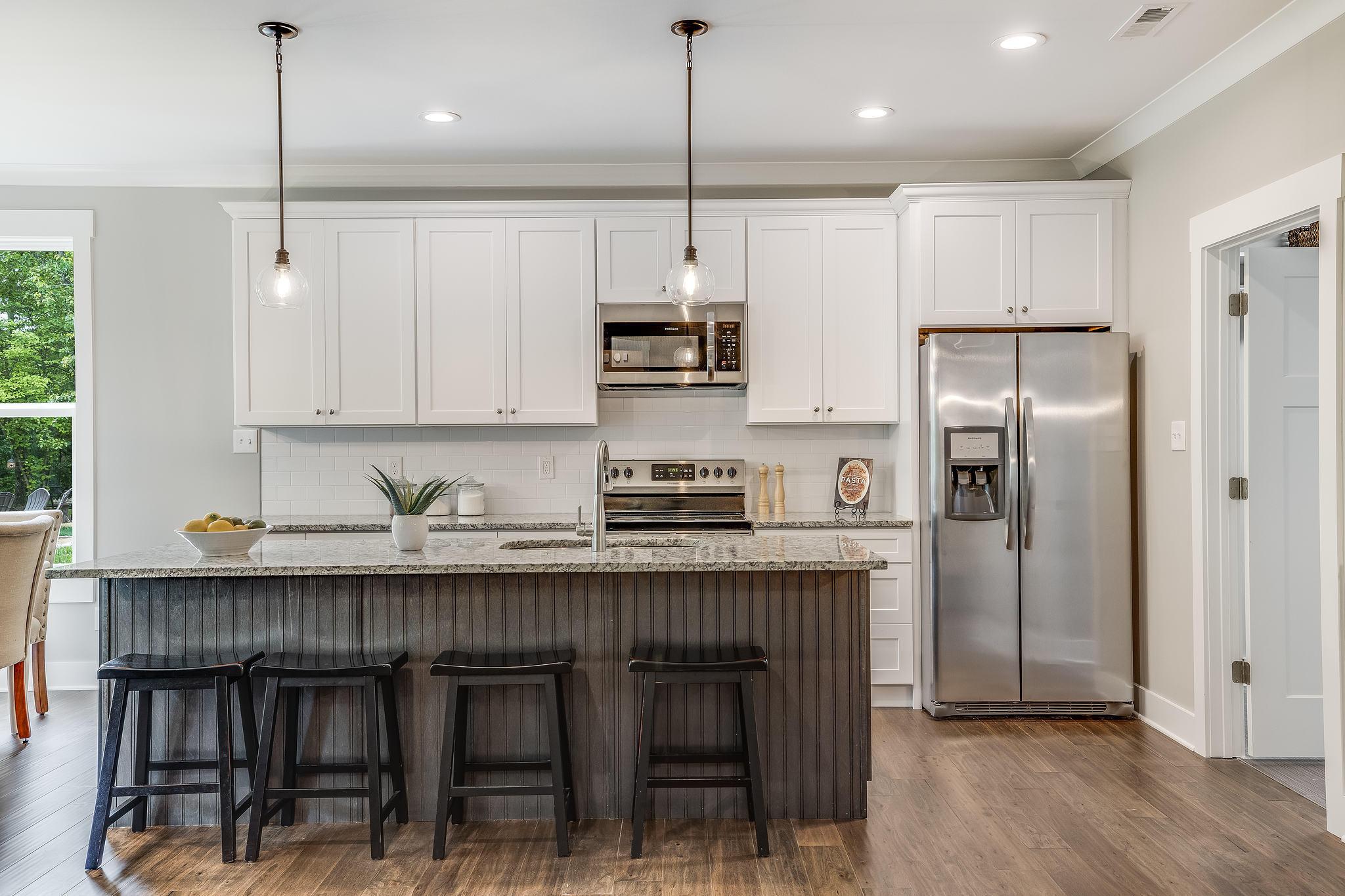 Designer appointed chef's kitchen