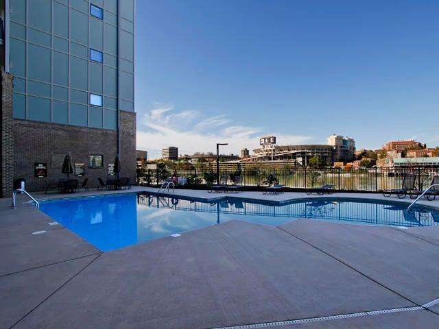Cityview Pool