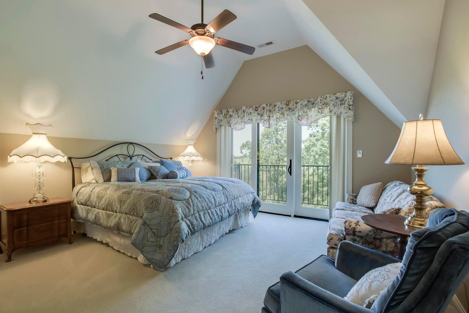 23_TaffrailDrive_972_Bedroom2