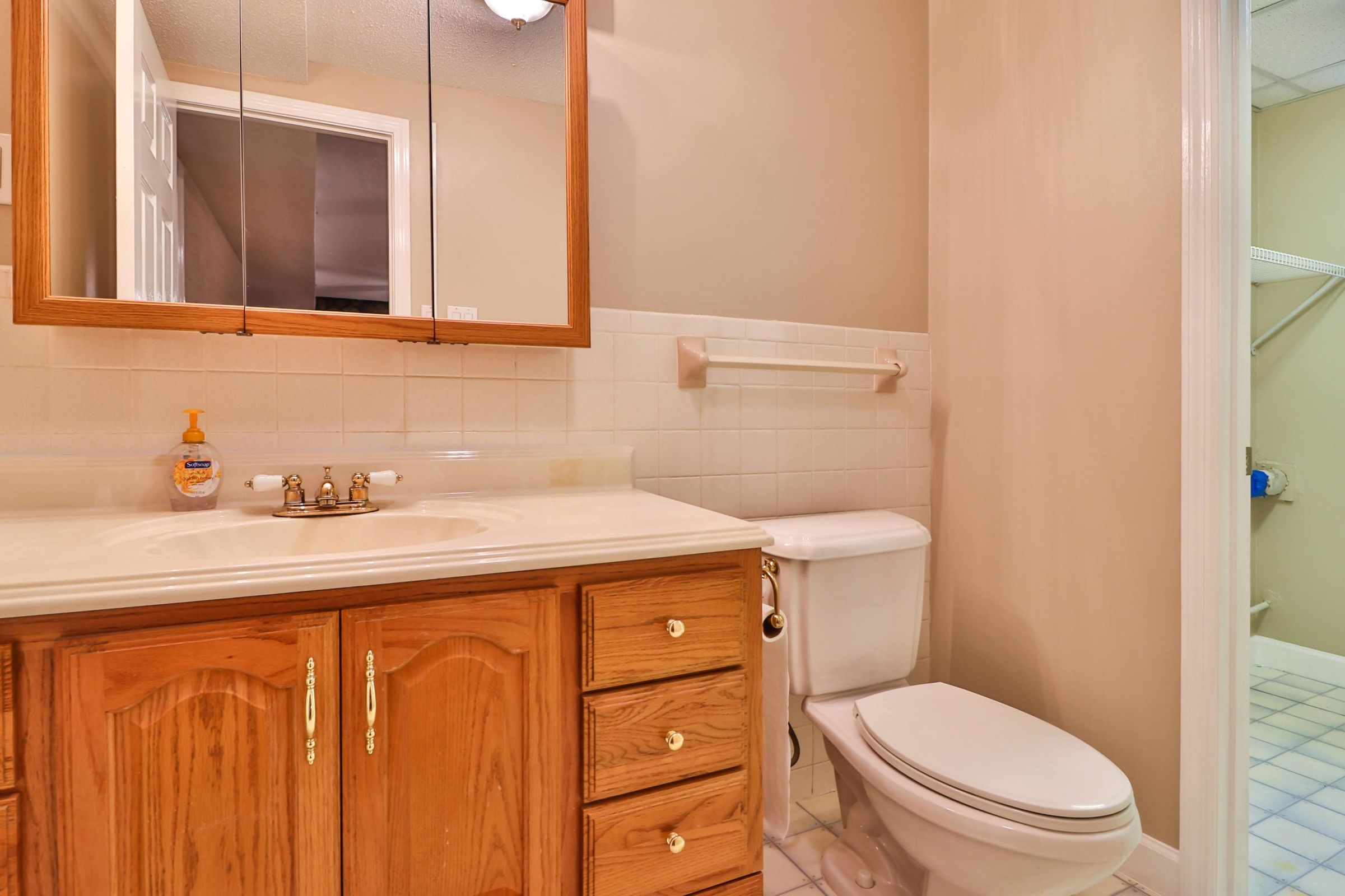 1/2 Bath in Basement