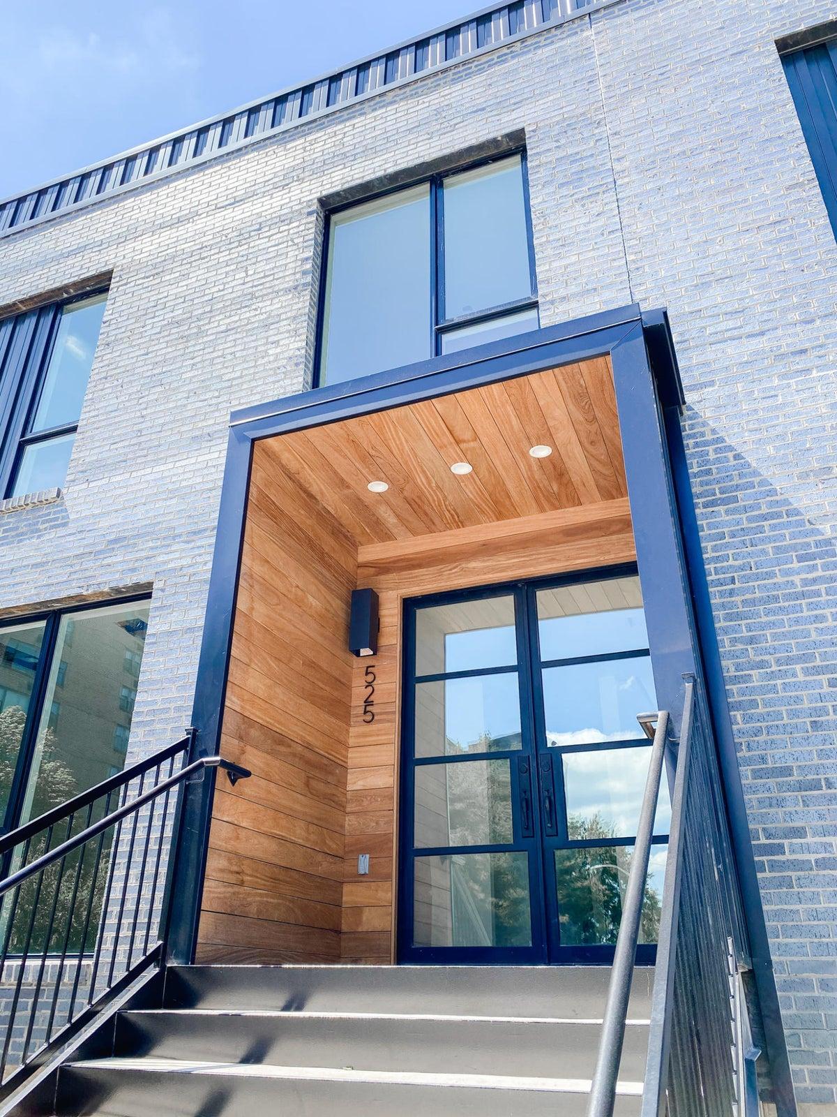 525 W Vine Front Door