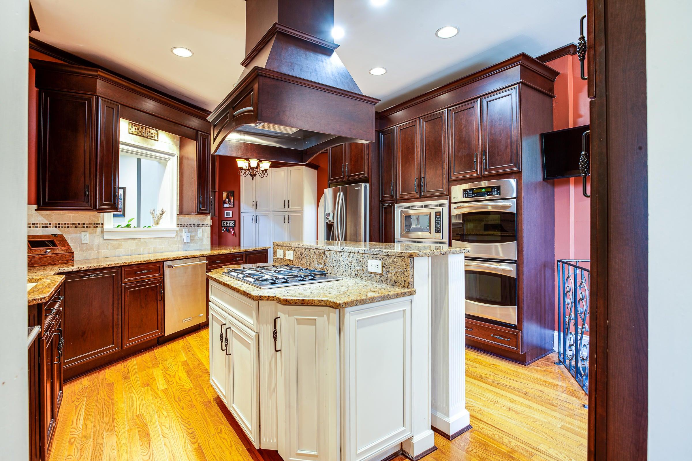 Kitchen_pg88