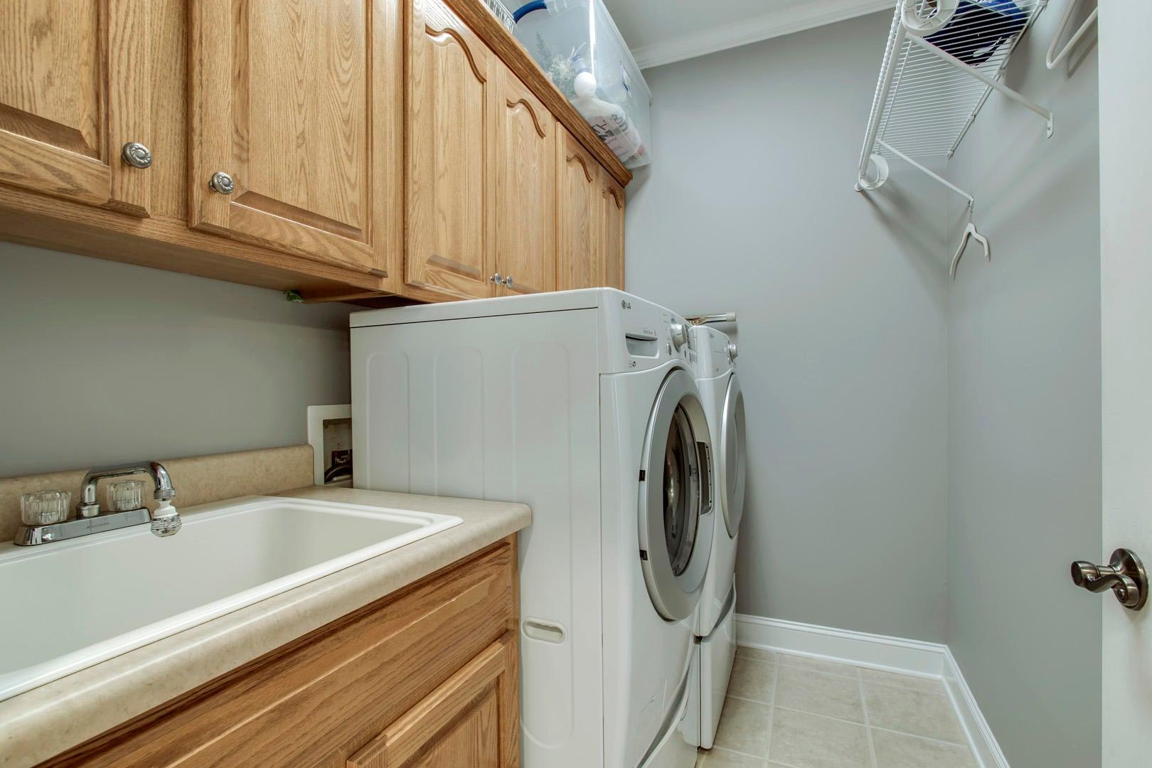 19_320 Chatuga Lane_Laundry