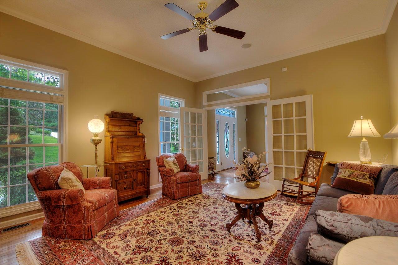 3 Living Room Rev