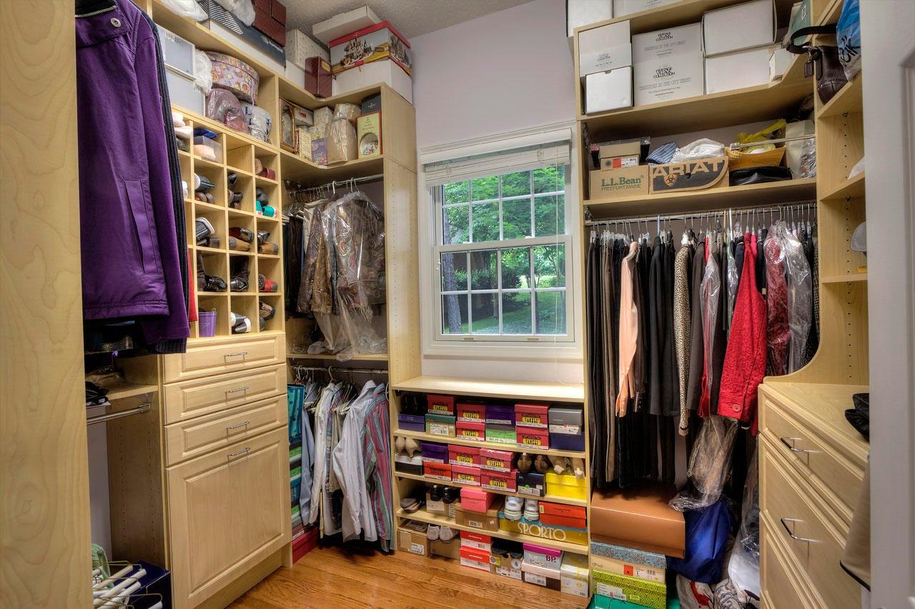 4 Master Her Closet