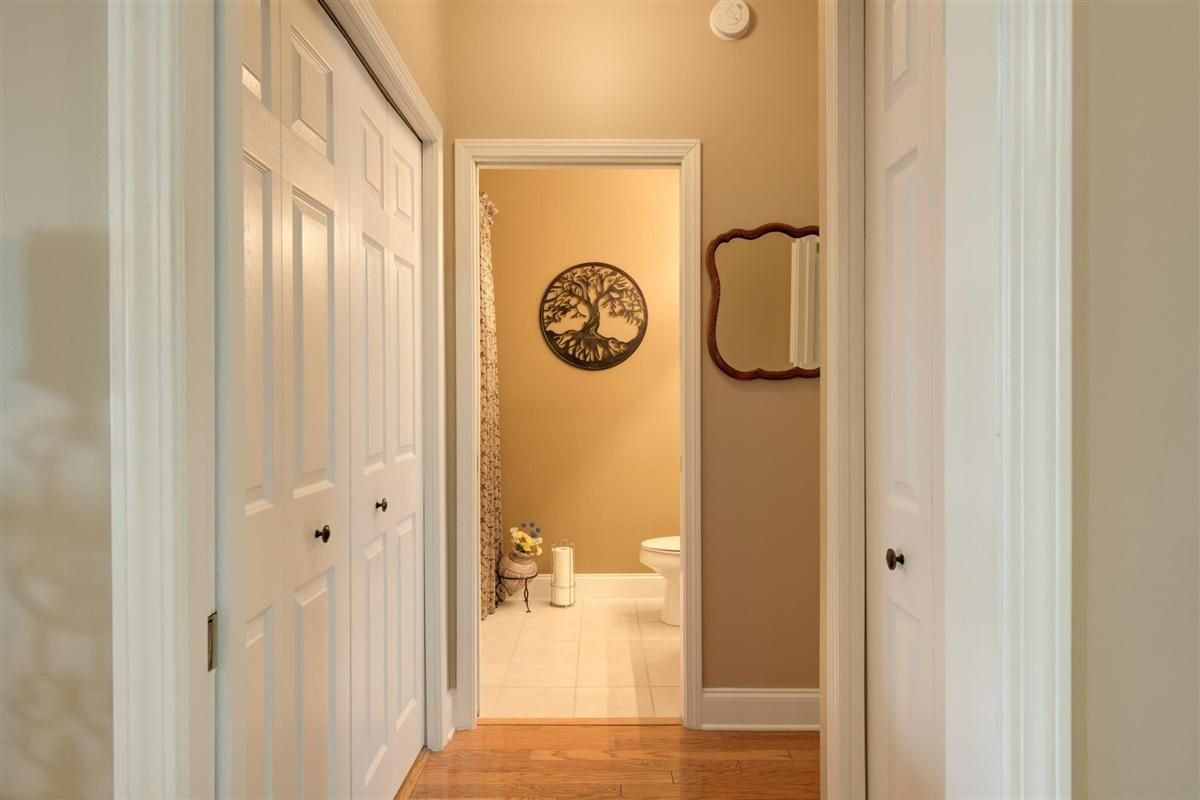 555 Rarity Bay hallway
