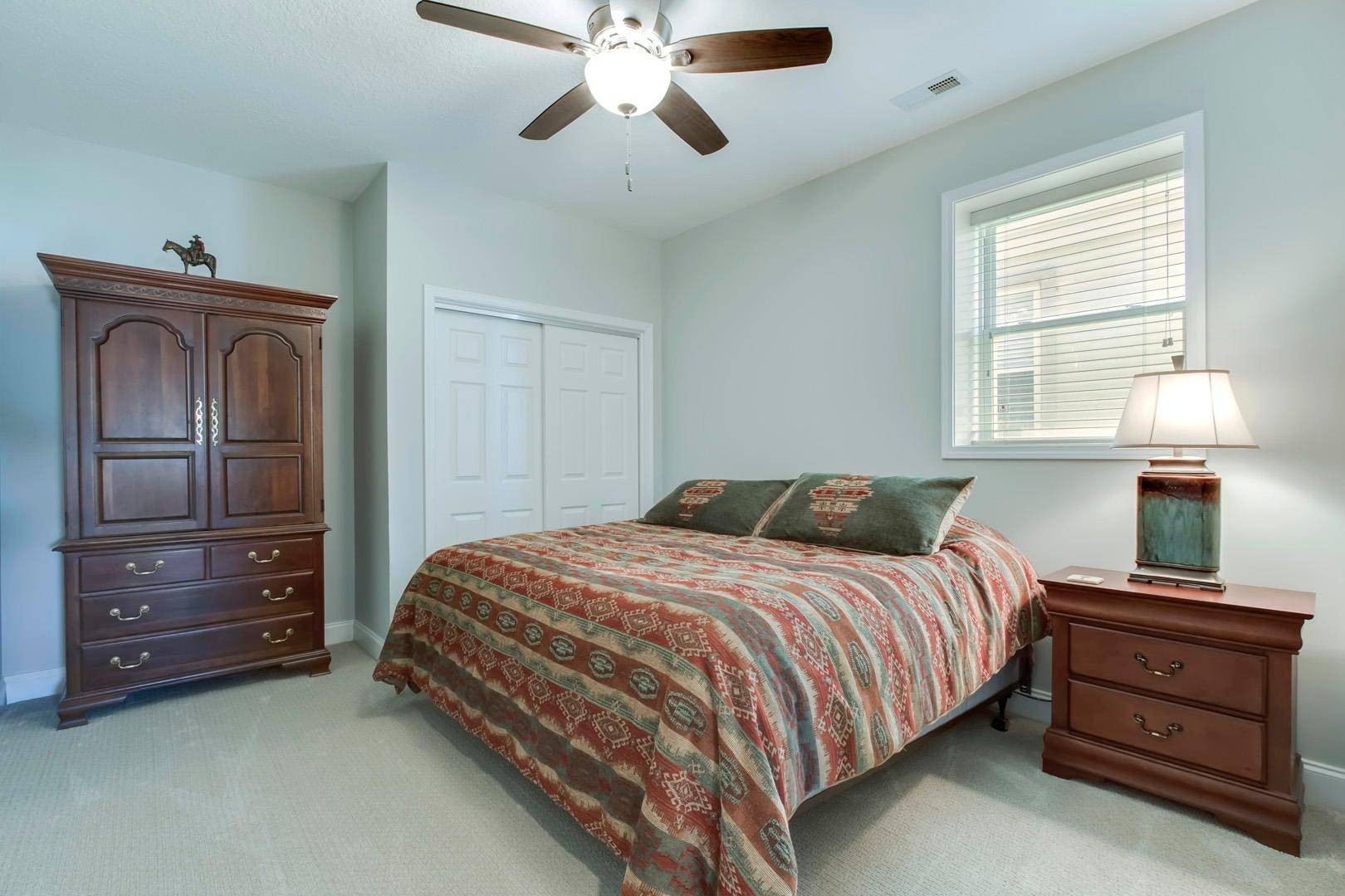 32_RarityBayParkway_929_Bedroom3