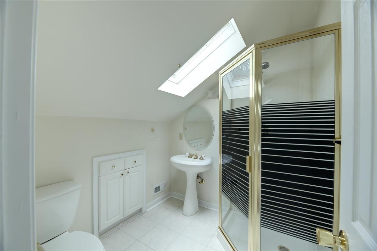 Bonus Room Full Bath