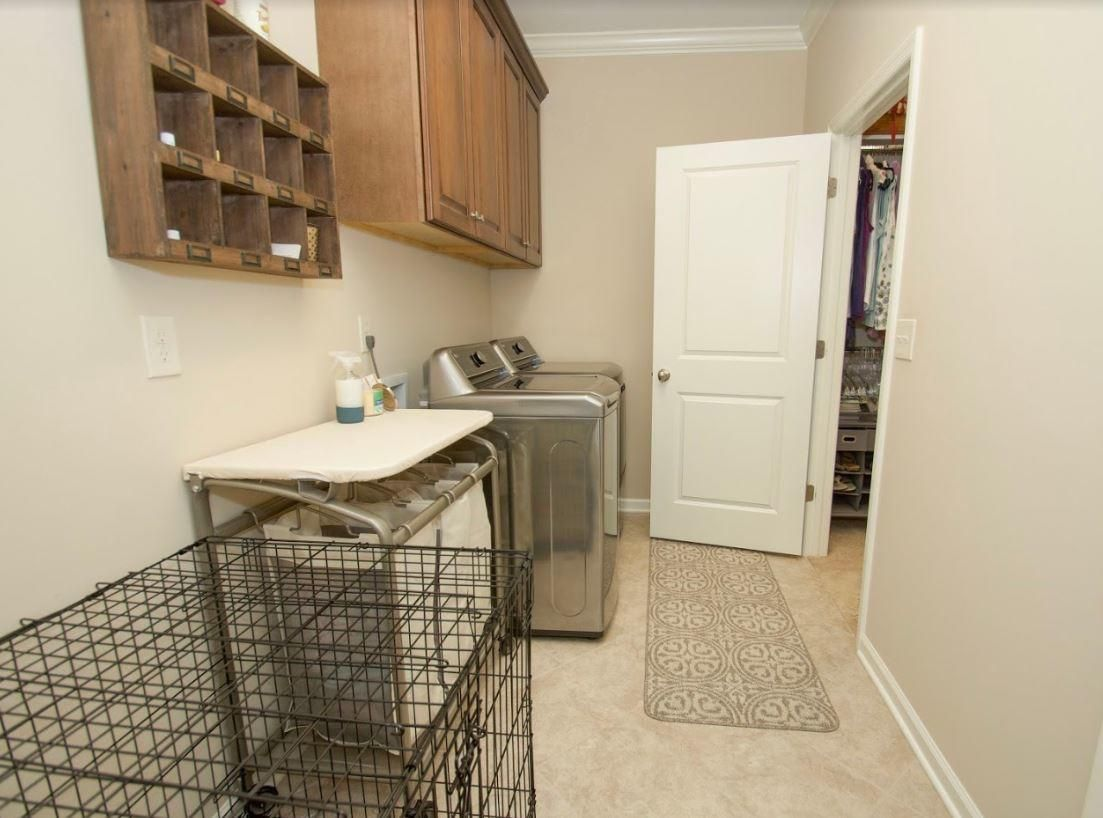 Dunlin - Laundry Room