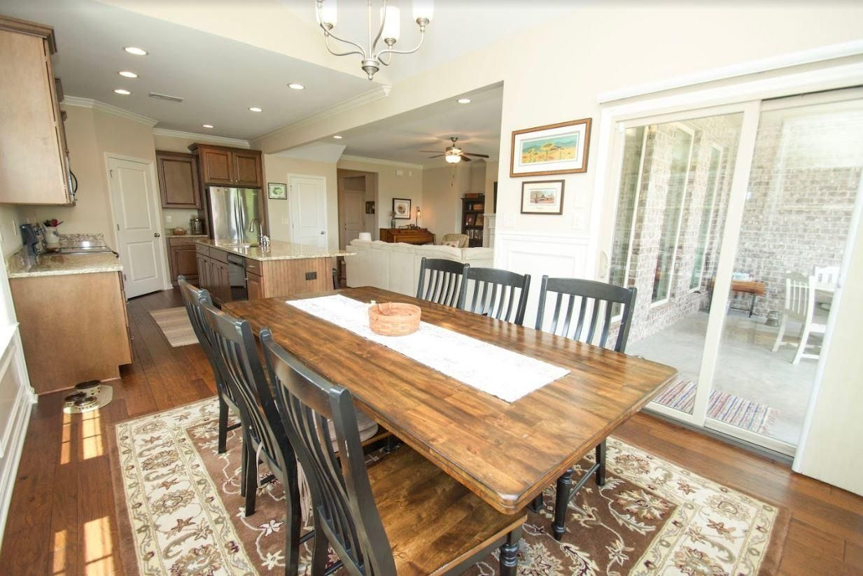 Dunlin - Dining Room1