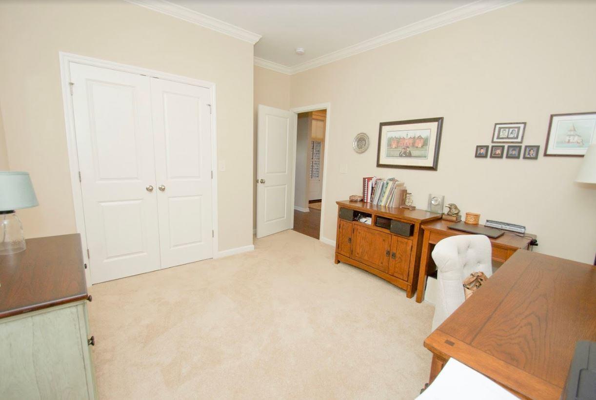Dunlin - Bedroom