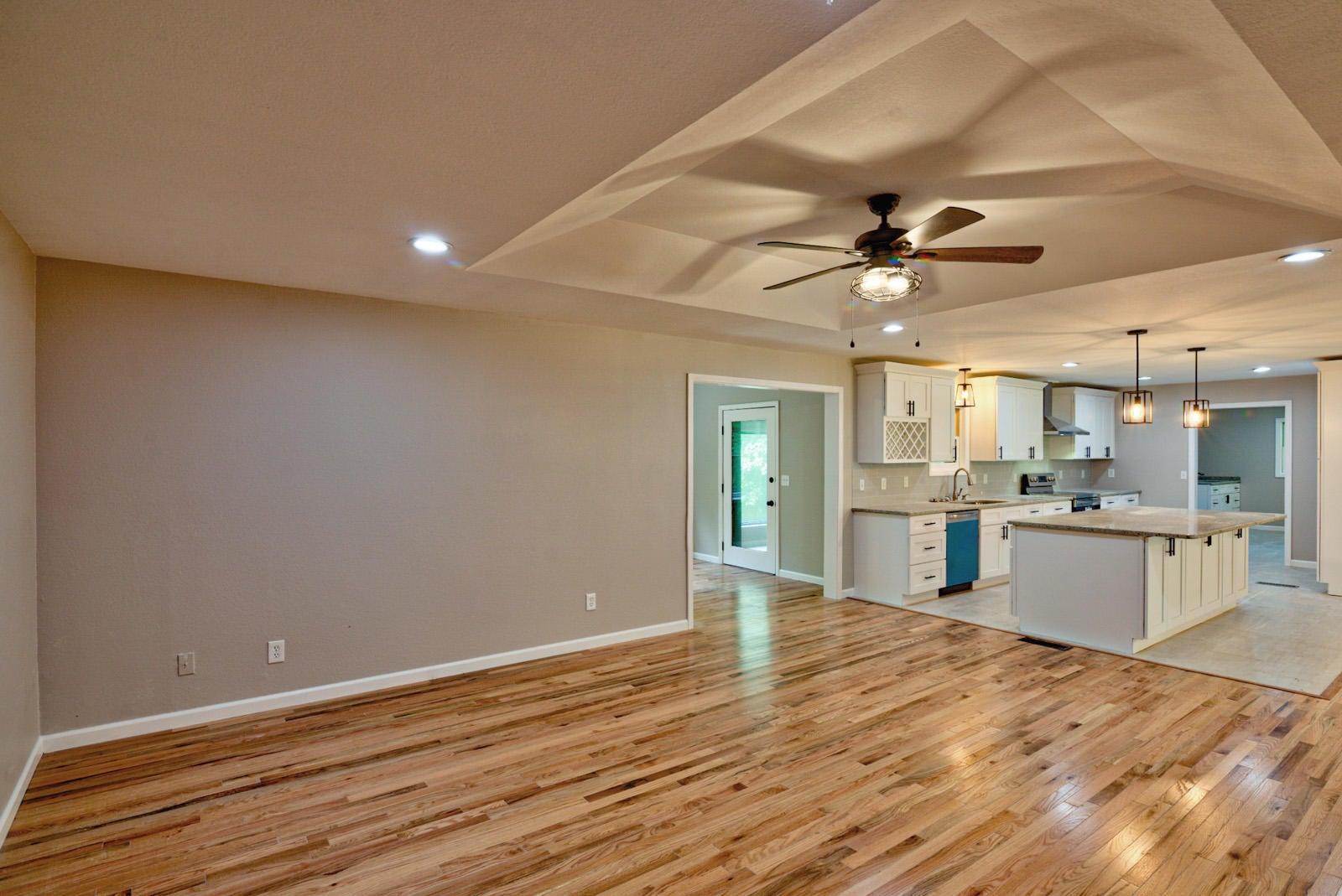 Int Living Room-2