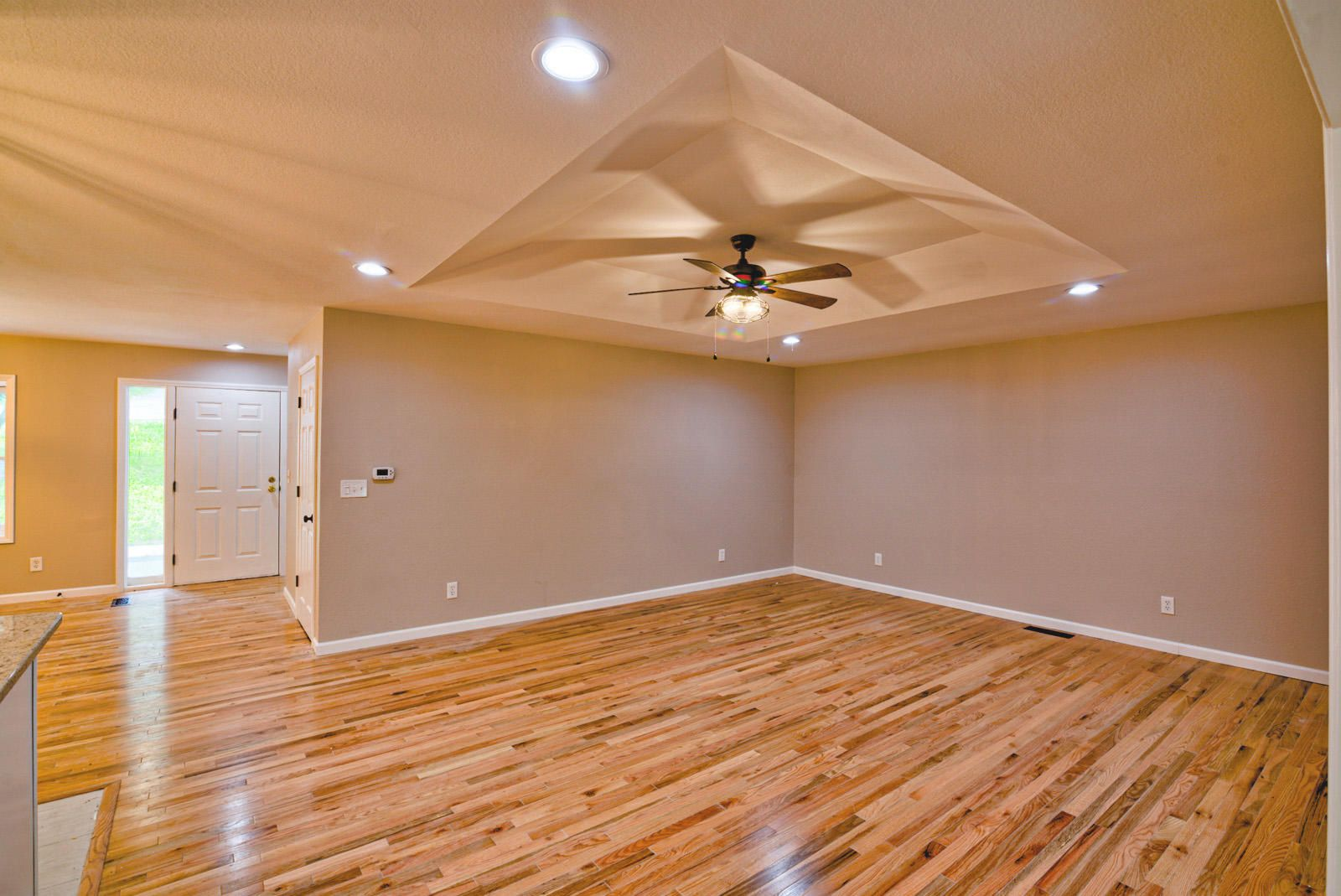 Int Living Room-4