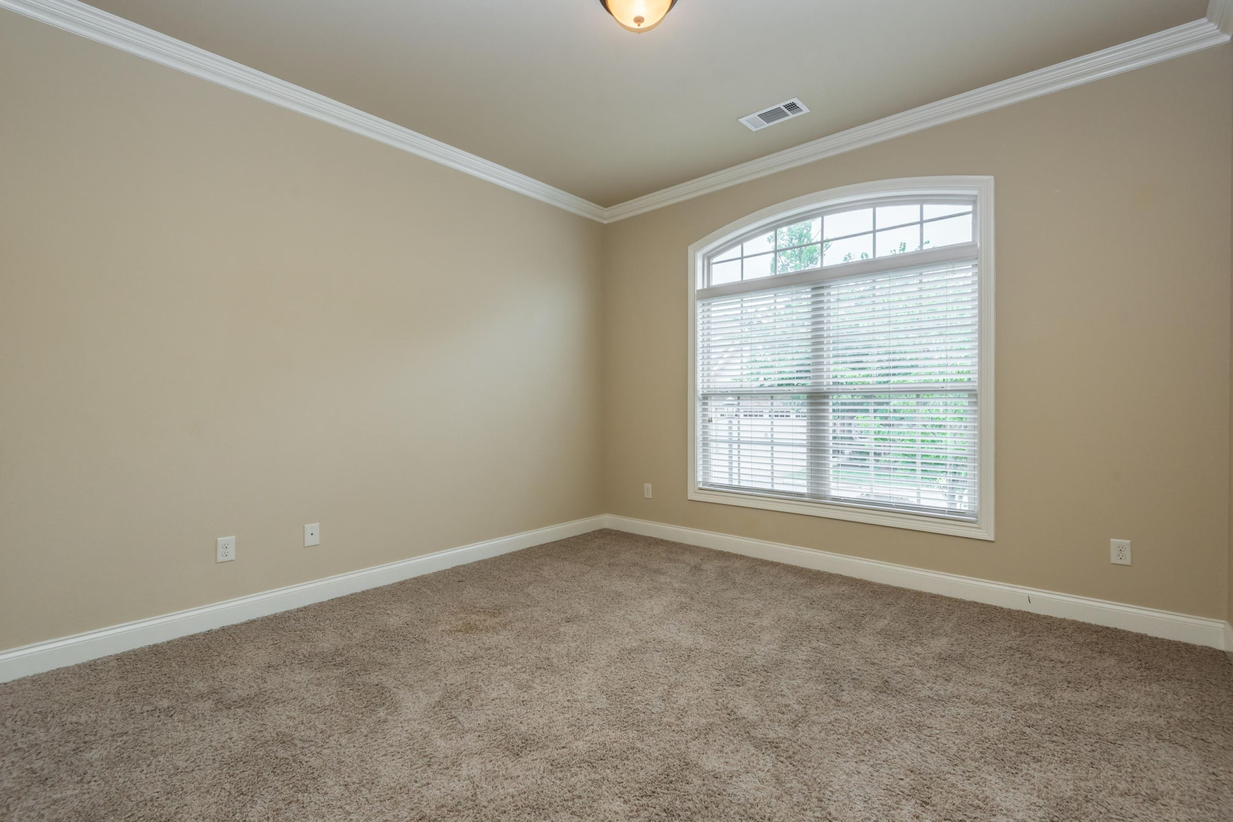 1704CottageWoodWay-2