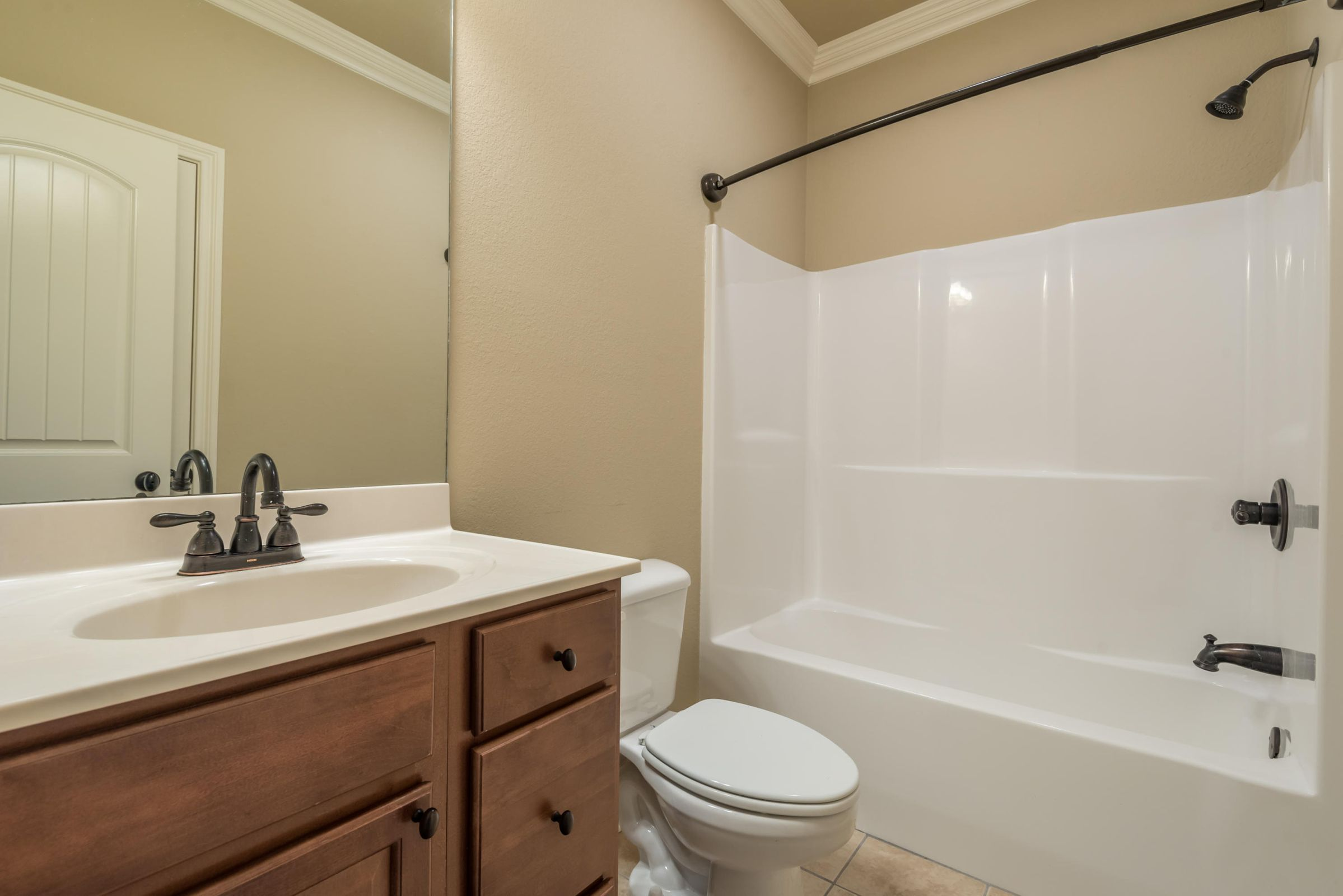 1704CottageWoodWay-4