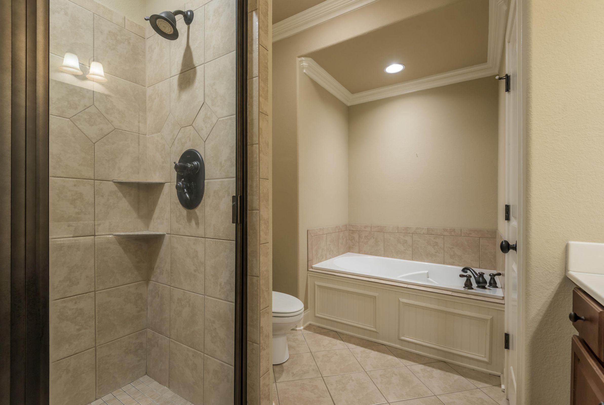 1704CottageWoodWay-9