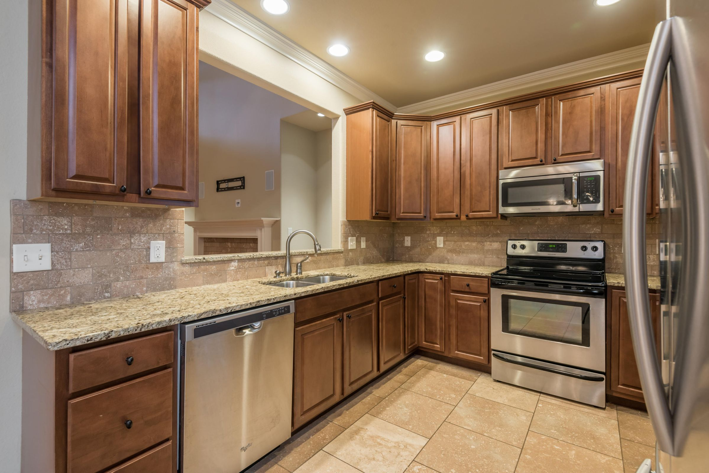 1704CottageWoodWay-19