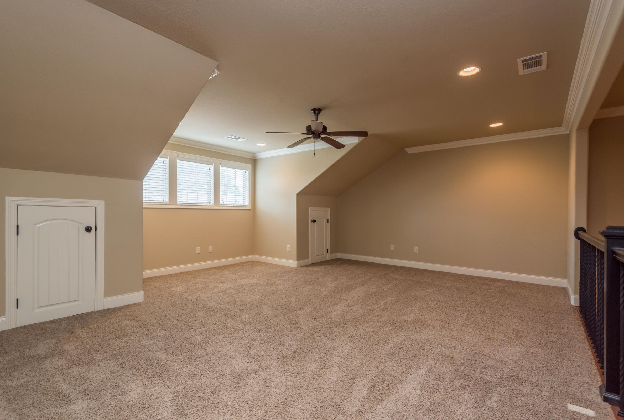 1704CottageWoodWay-22