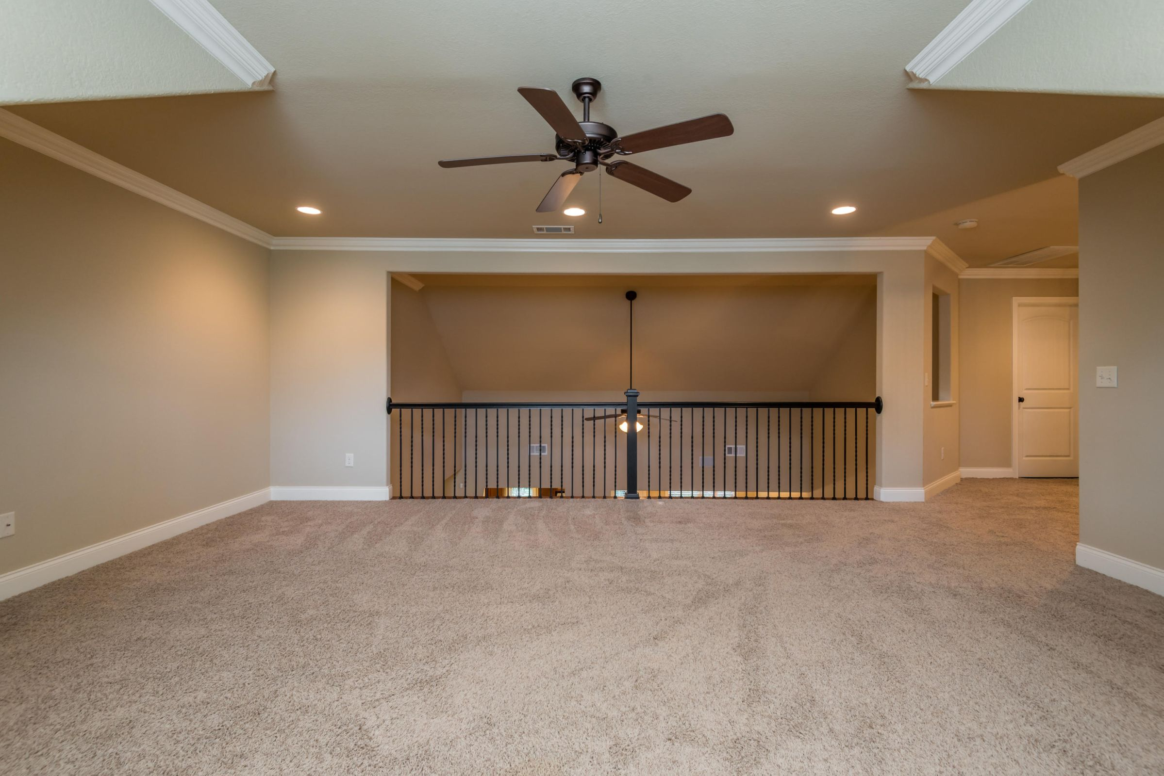 1704CottageWoodWay-24