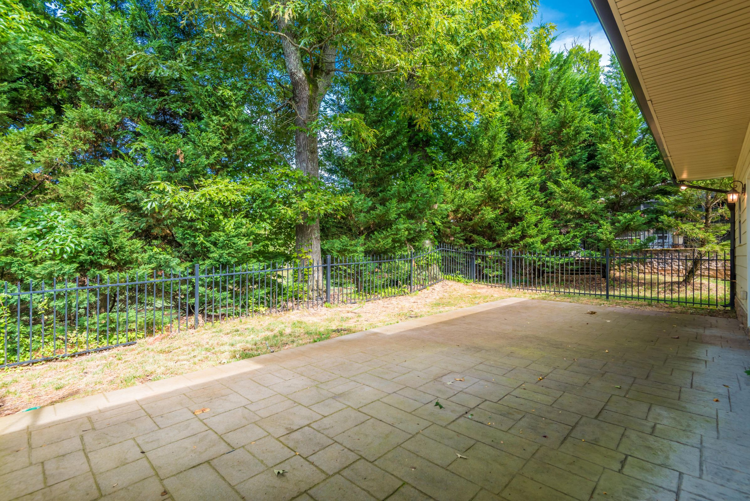 1713CottageWoodWay-8