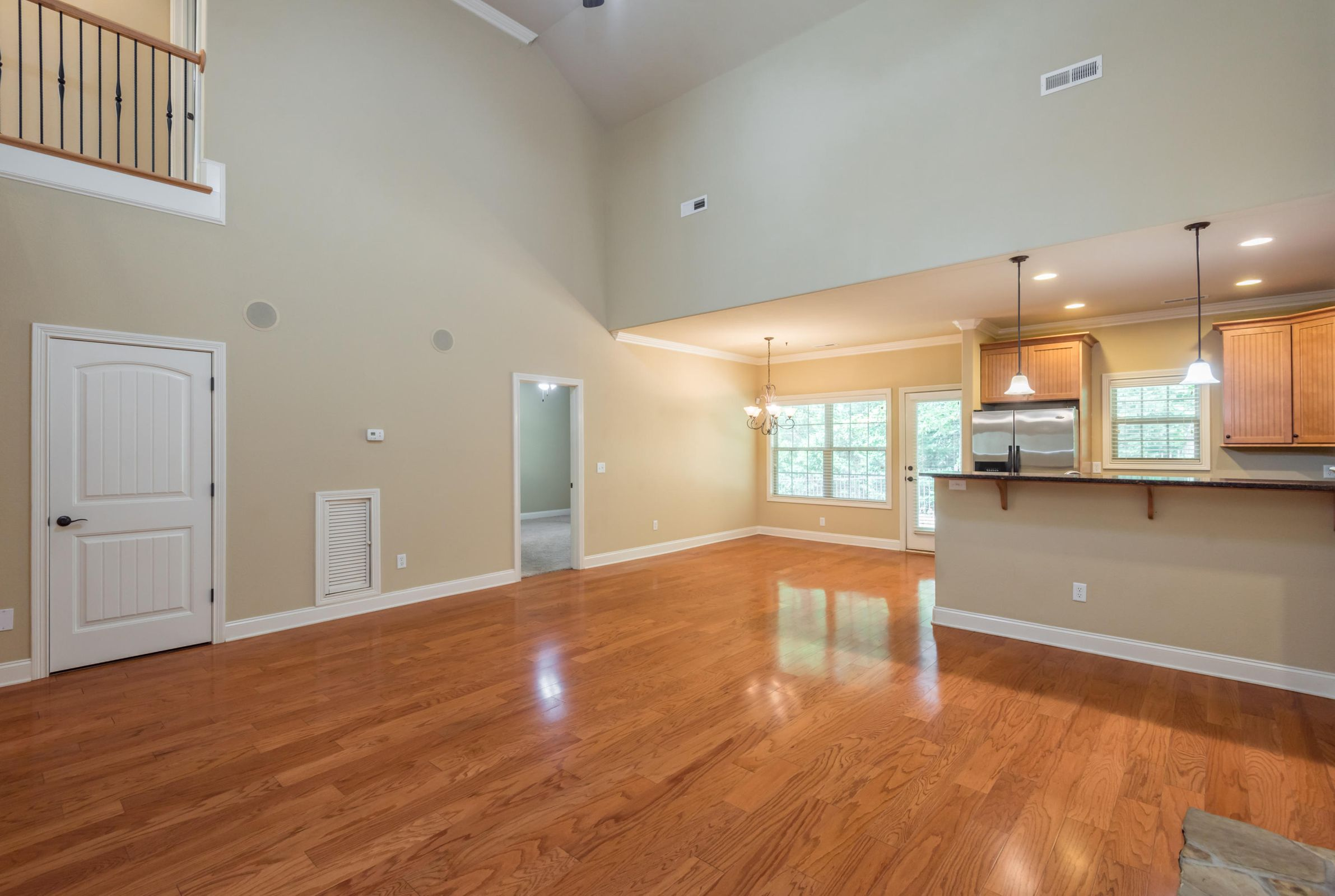 1713CottageWoodWay-17