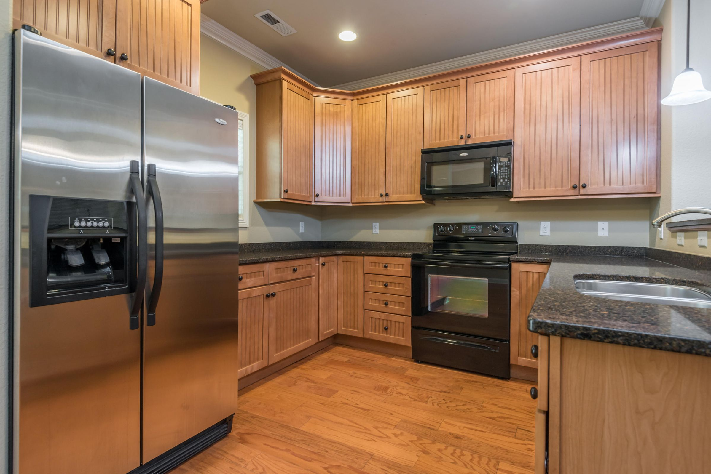 1713CottageWoodWay-22