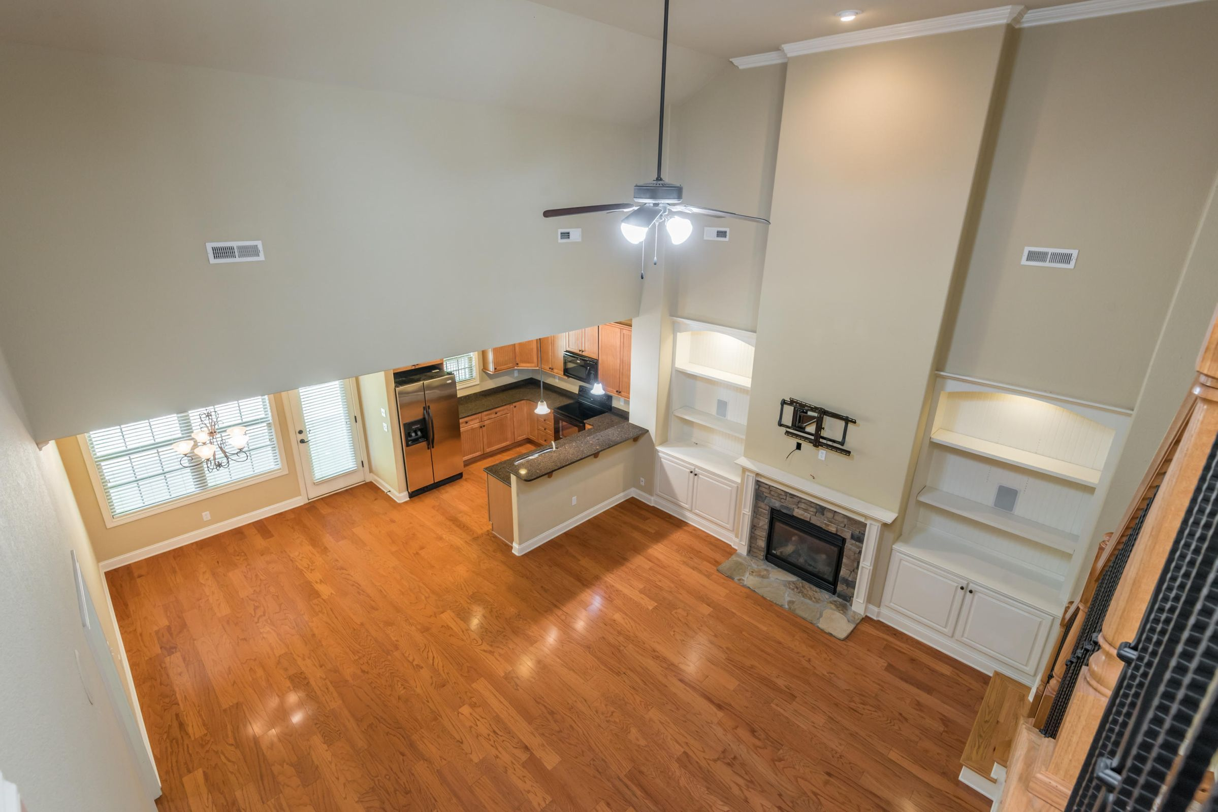1713CottageWoodWay-25