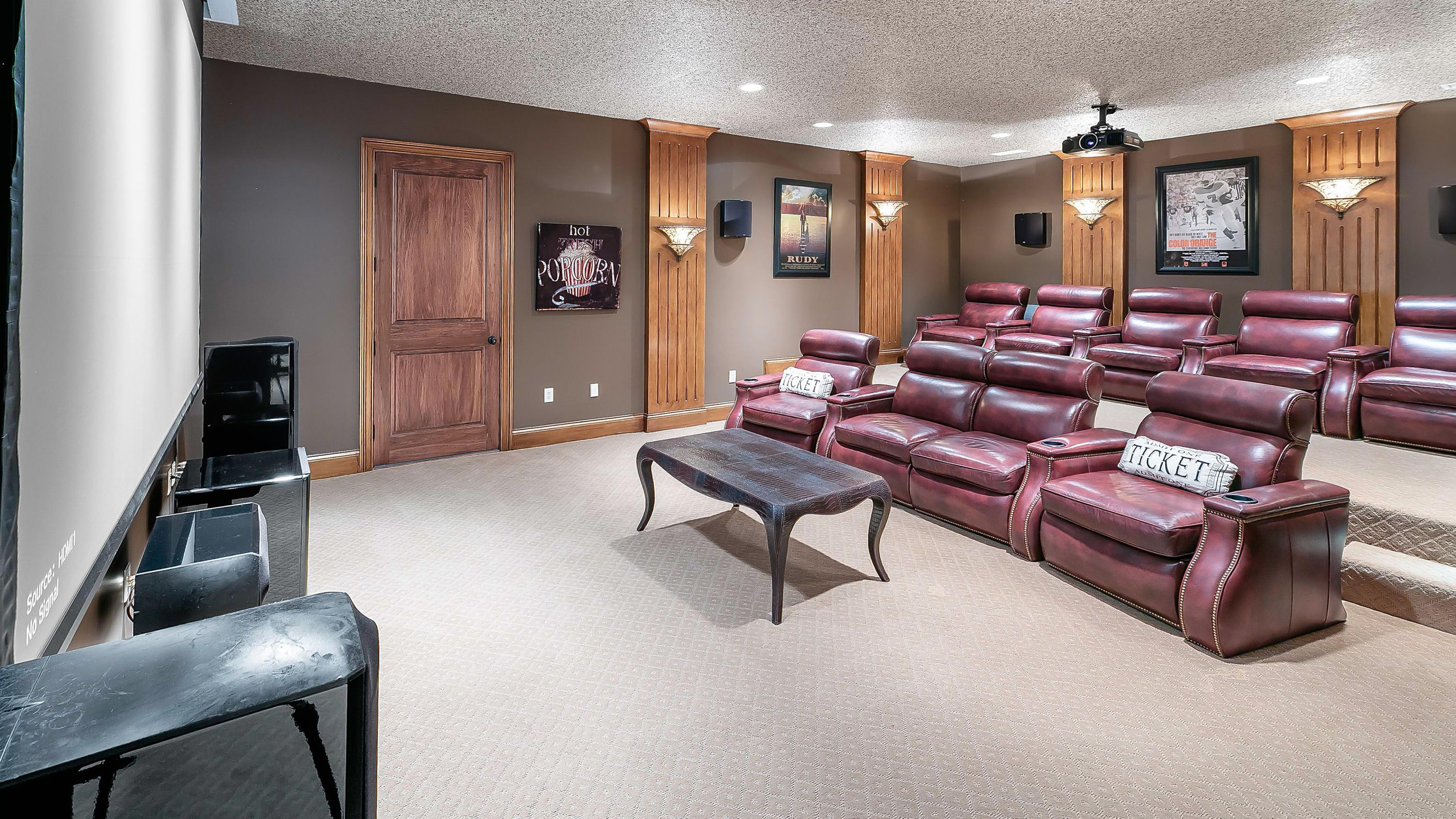 LL theater room